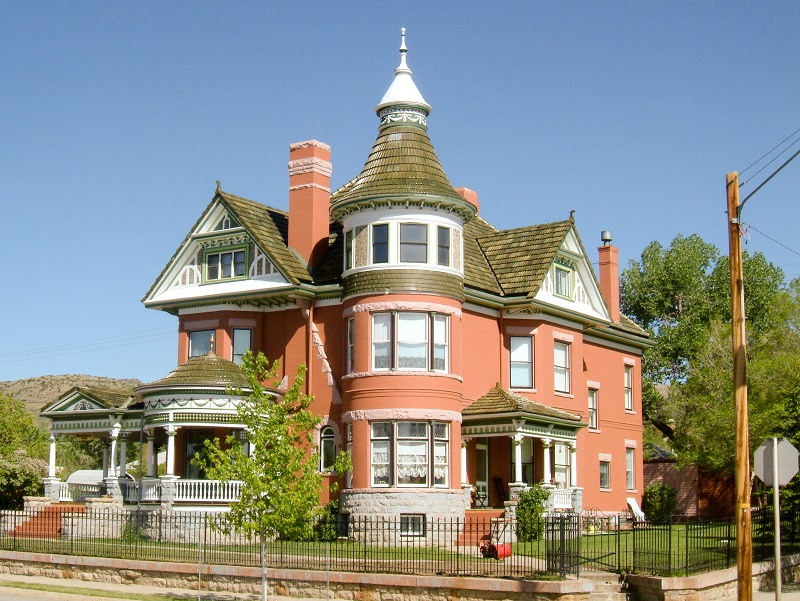 George Ferris Mansion, Rawlins, Wyoming, by Barber and Kluttz (1903). Photo © Anthony Denzer.