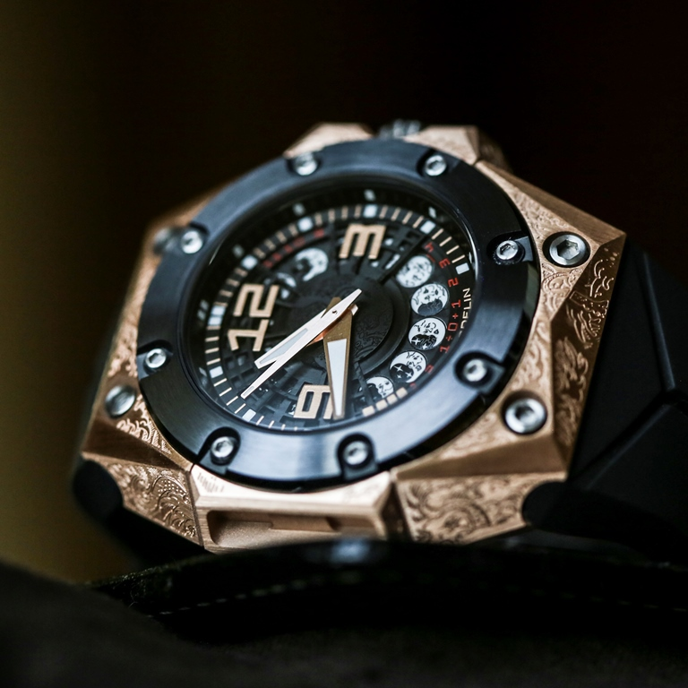 LINDE_WERDELIN_Oktopus_Moon_Tattoo_9_oclock_2.jpg