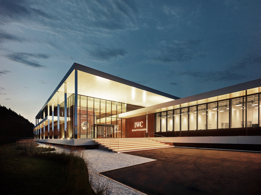 iwc-manufacturingcenterexteriorviewmainentrancebynight..jpg