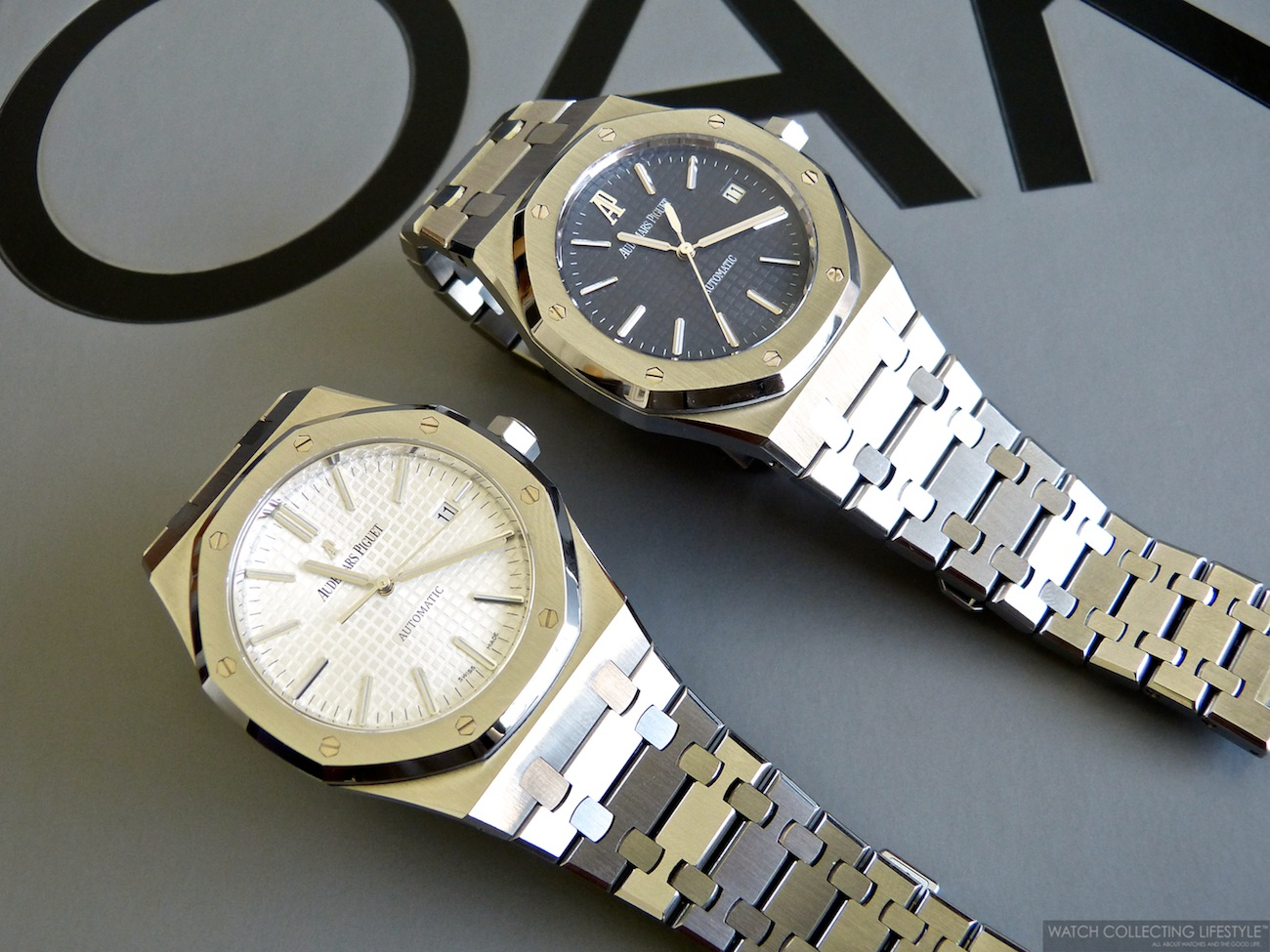 Audemars Piguet Royal Oak ref. 15400ST (left) and Audemars Piguet Royal Oak ref. 15300ST (right).