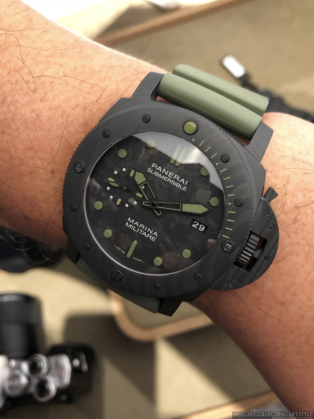 Panerai Submersible Marina Militare Carbotech Special Edition PAM961 Wristshot