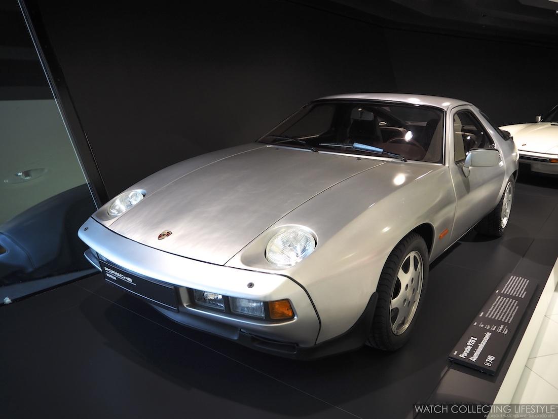 Porsche 928 S Aluminum