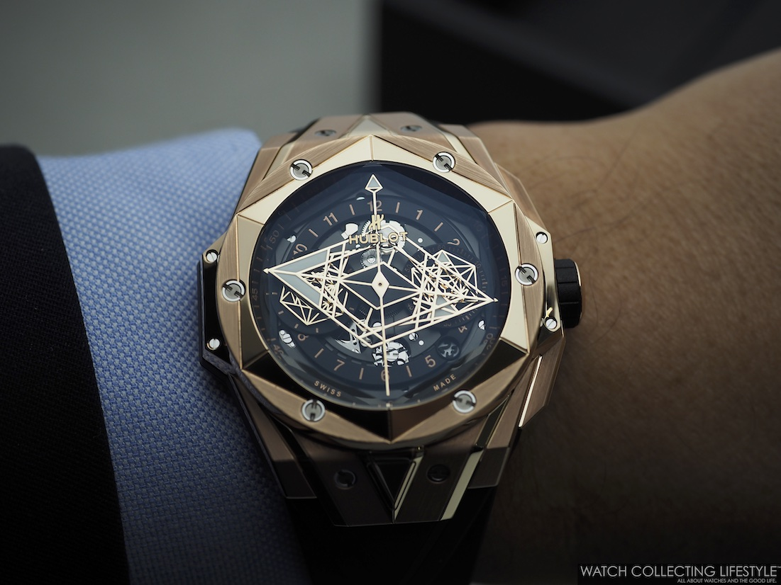Hublot Big Bang Unico Sang Bleu II King Gold Wristshot
