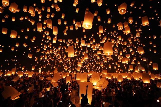Lanterns_CNT_30Nov12_rex_b_646x430.jpg