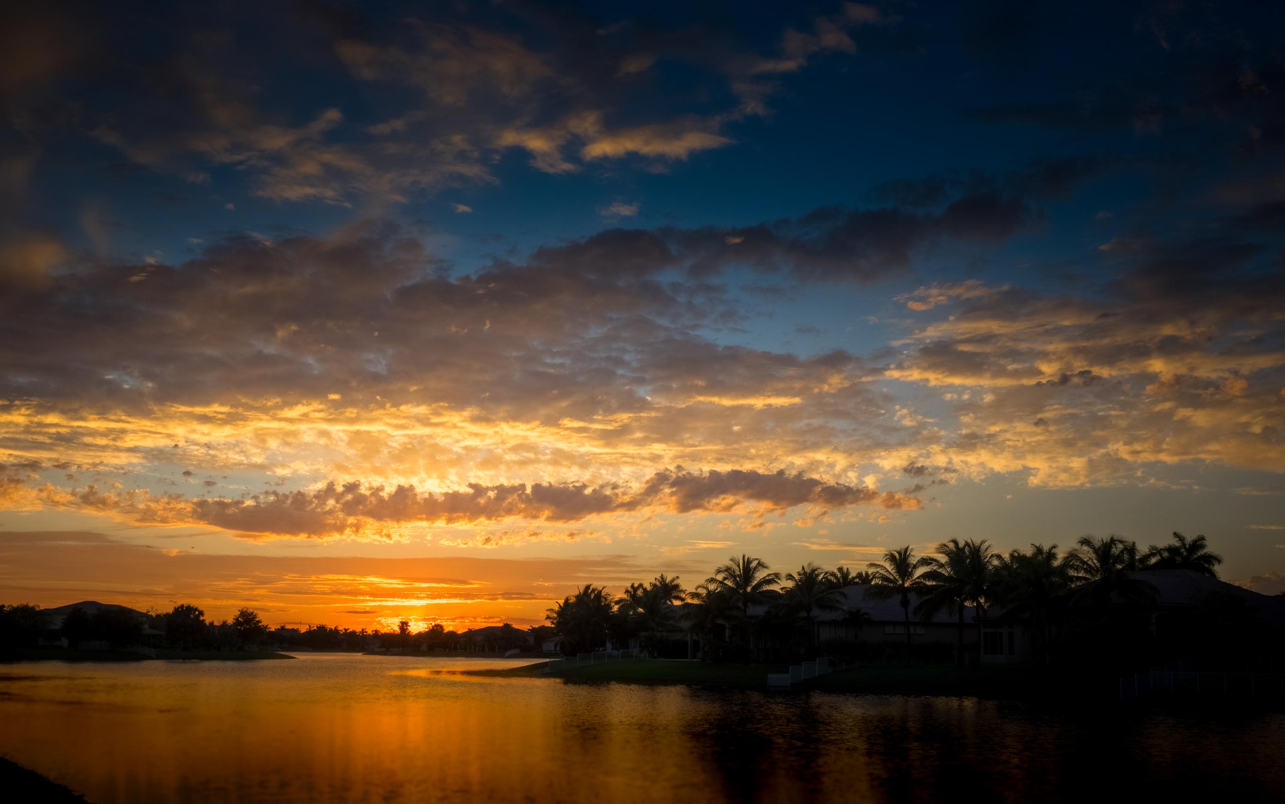 """Gold Sunset"""
