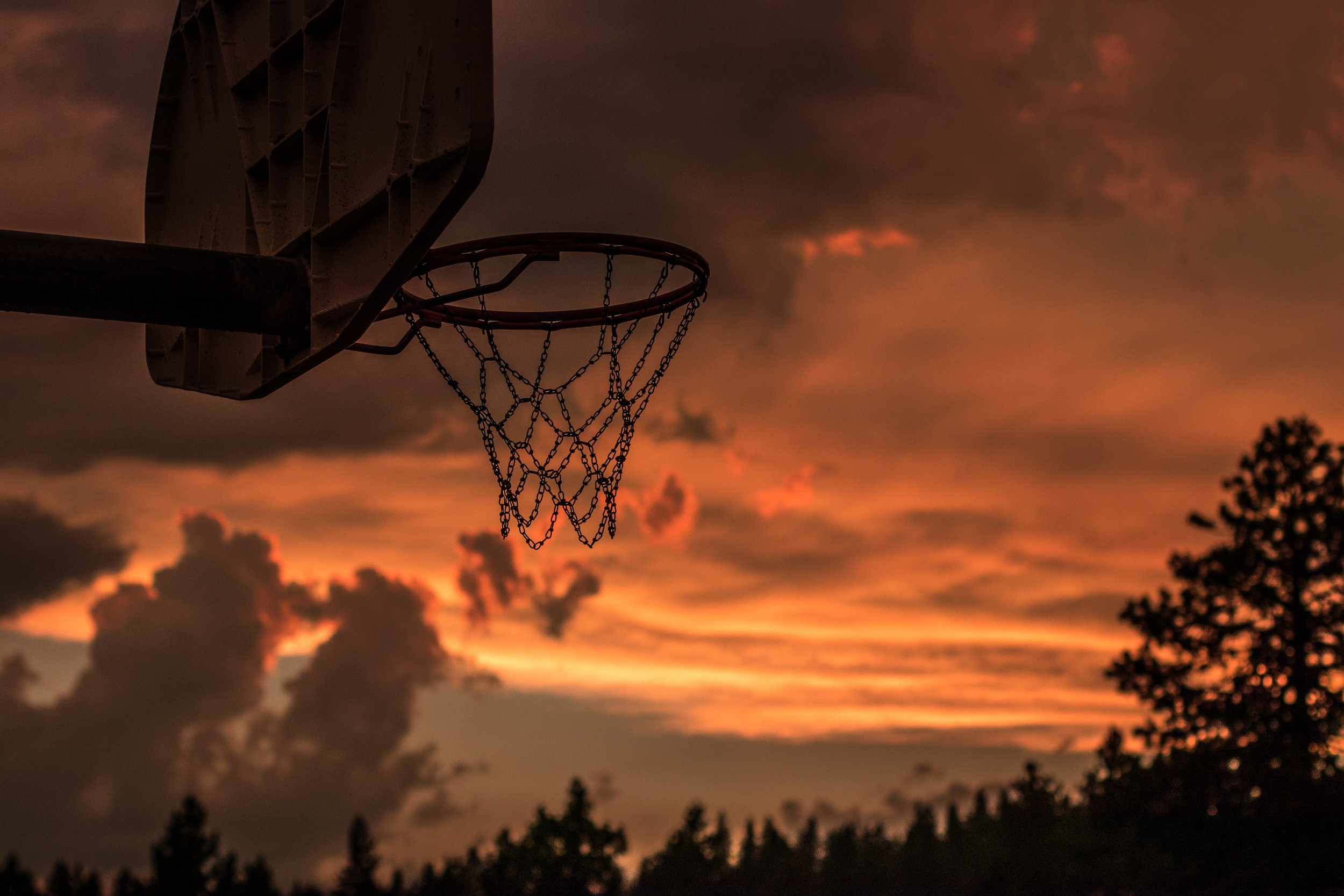 4k-wallpaper-backlit-basketball-1331750.jpg