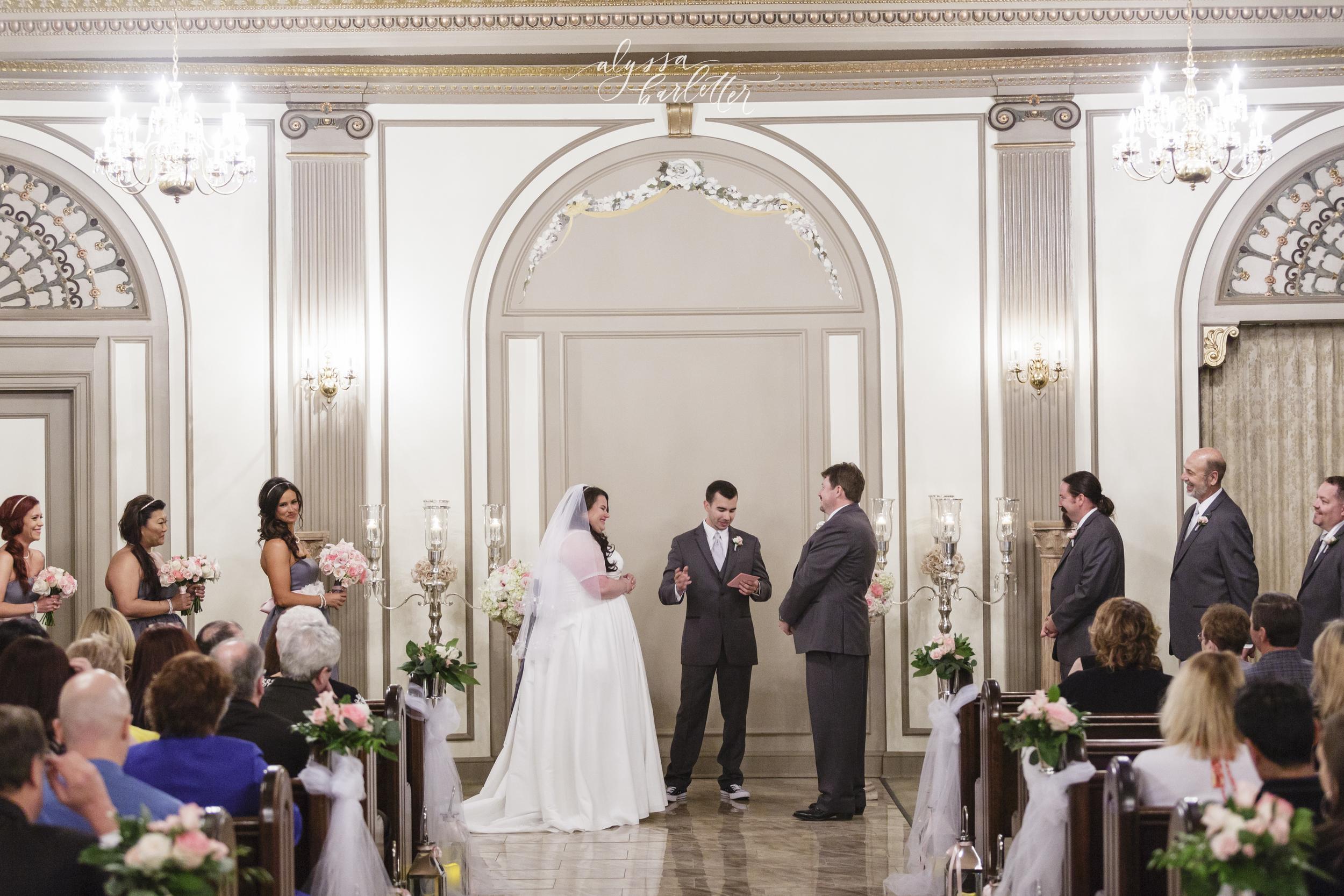 the deleon kansas city wedding photos-16.jpg