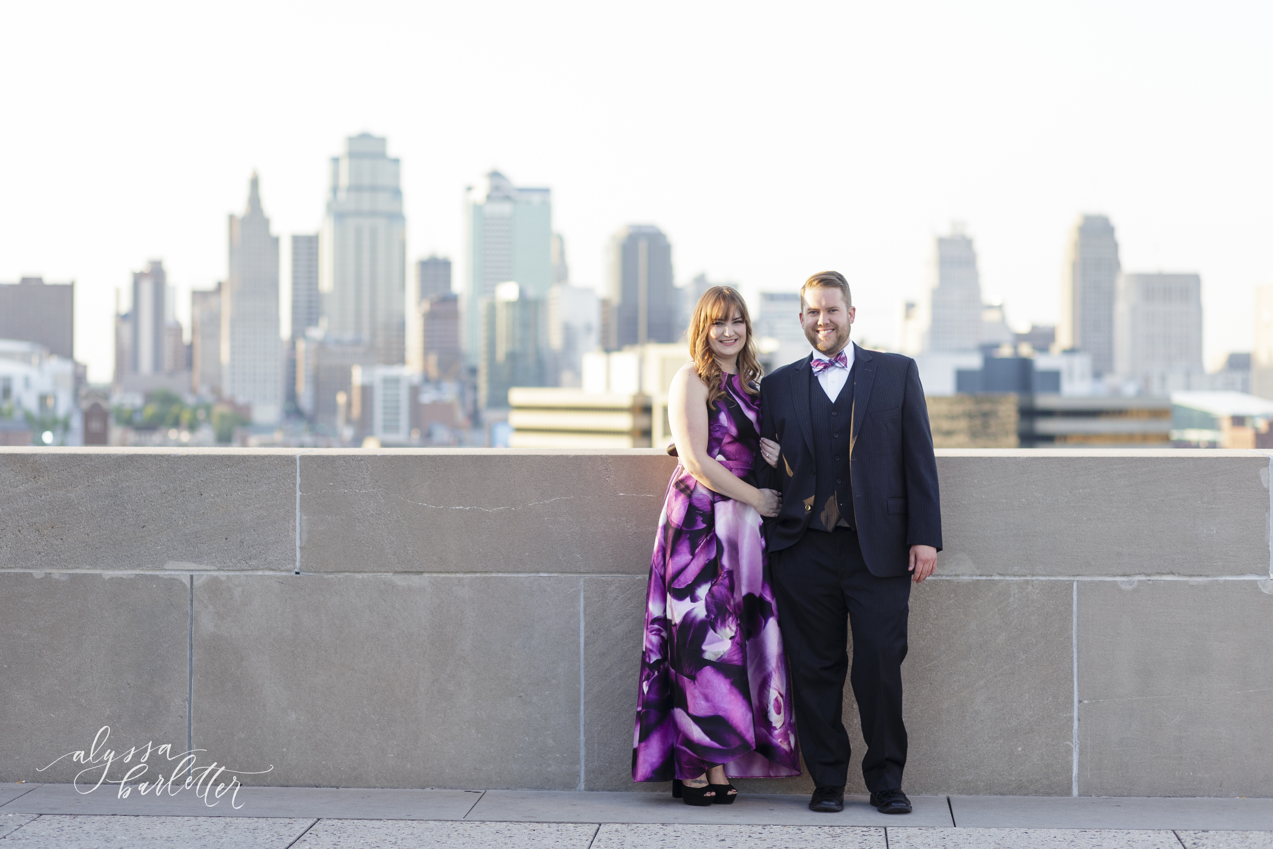 downtown kansas city engagement photography jennie and dave-7.jpg