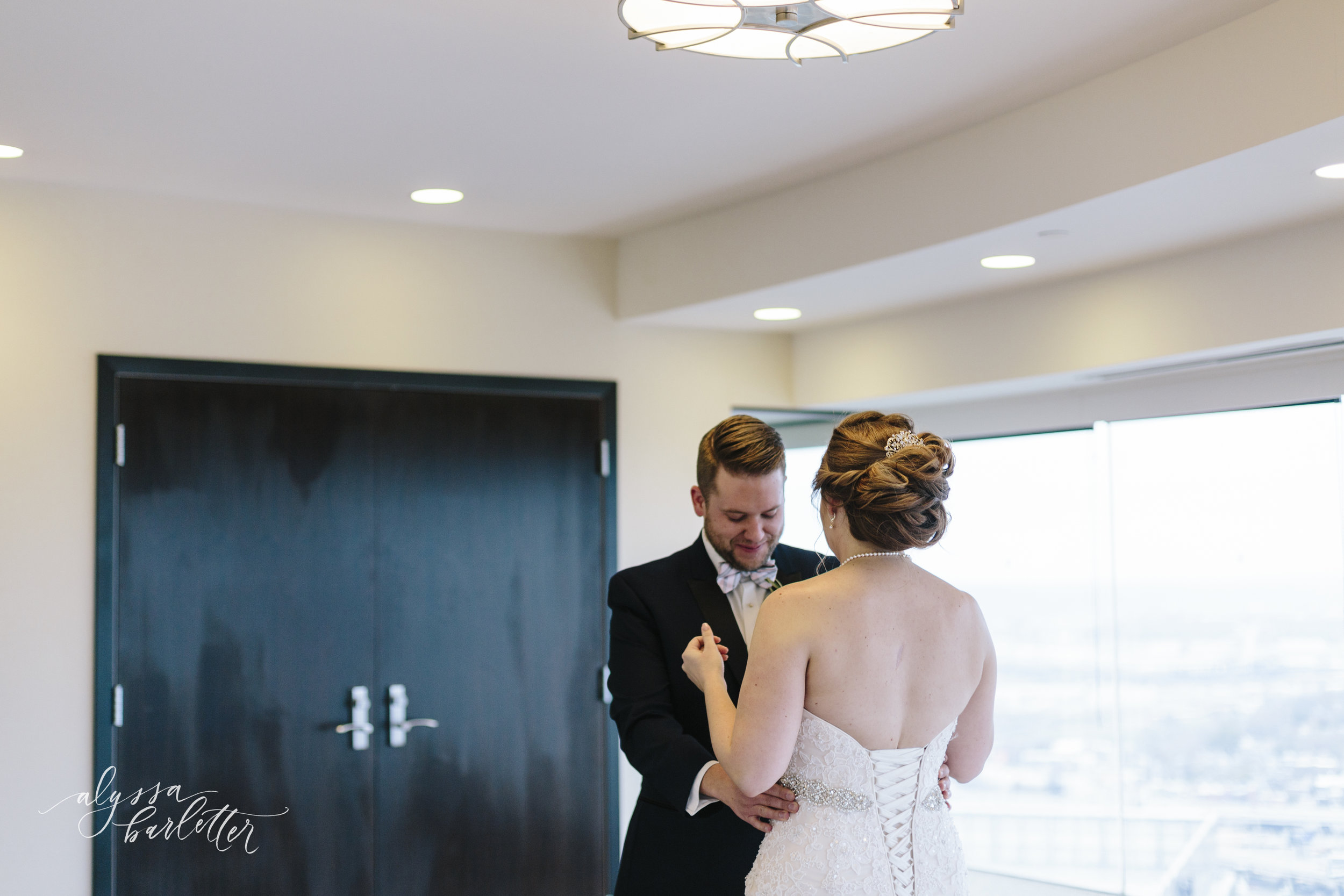 alyssa barletter photography kansas city winter wedding studio dan meiners pennway place jennie and dave-1-15.jpg