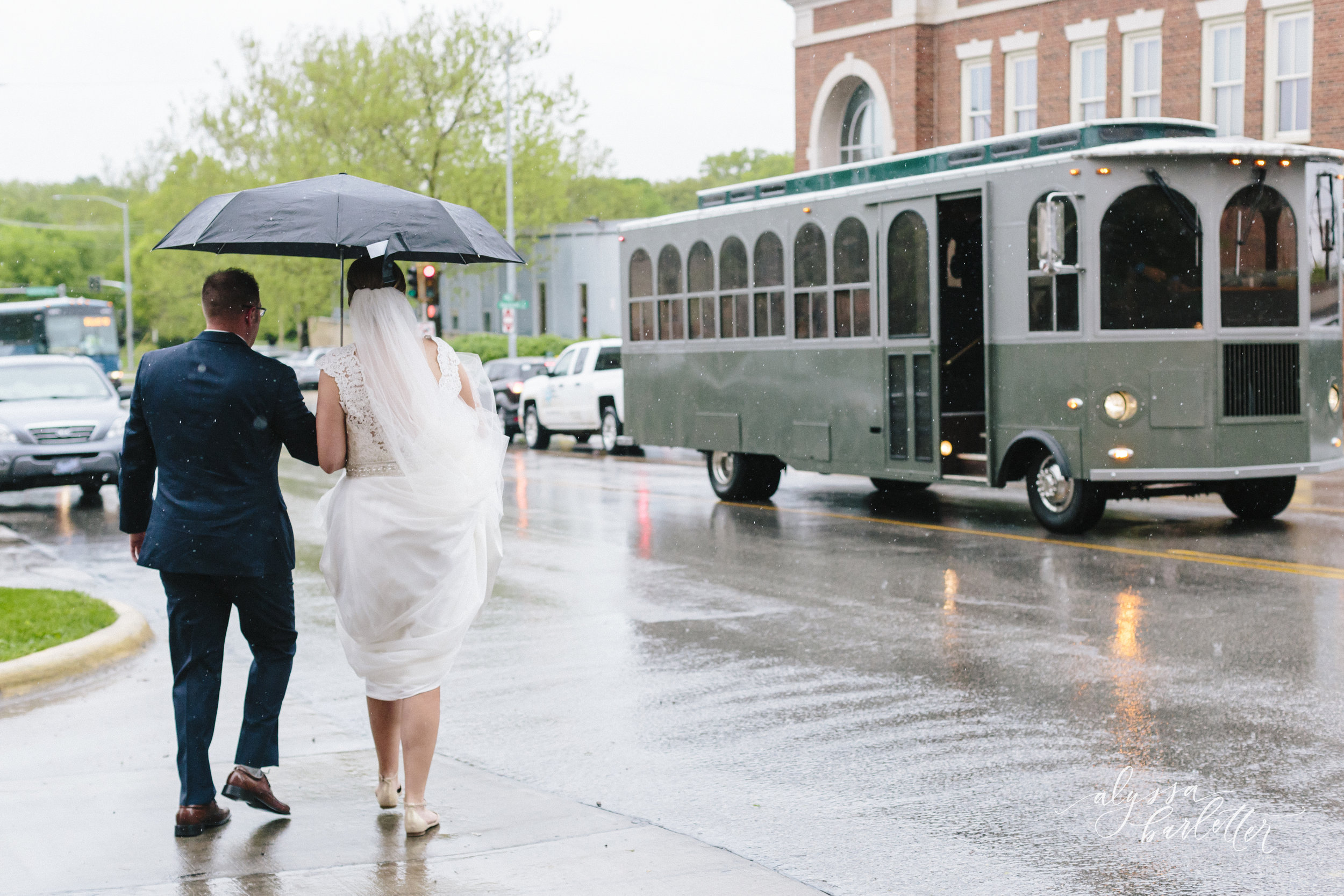 alyssa barletter photography cider gallery lawrence kansas rainy day wedding megan and brett-1-28.jpg