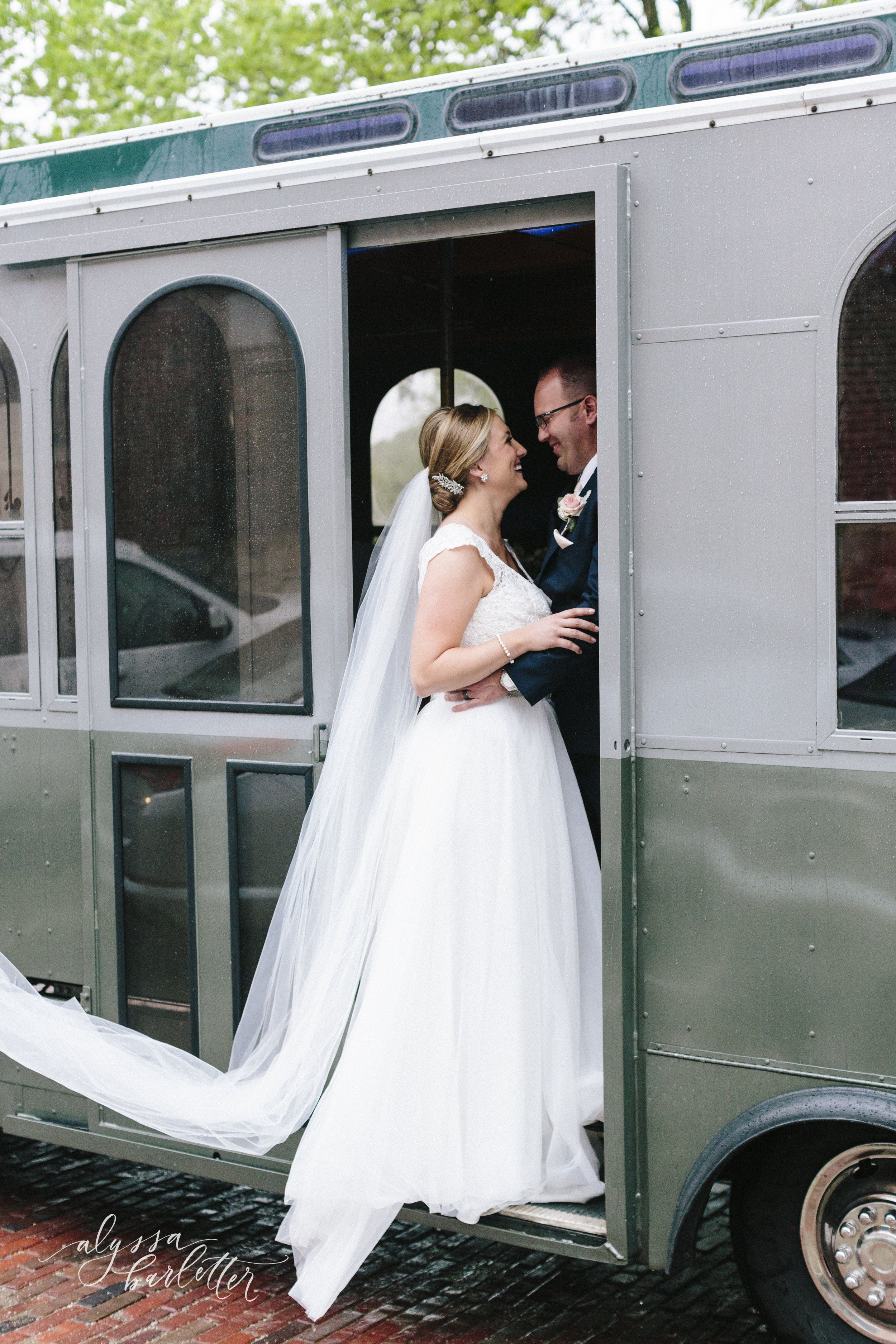 alyssa barletter photography cider gallery lawrence kansas rainy day wedding megan and brett-1-29.jpg
