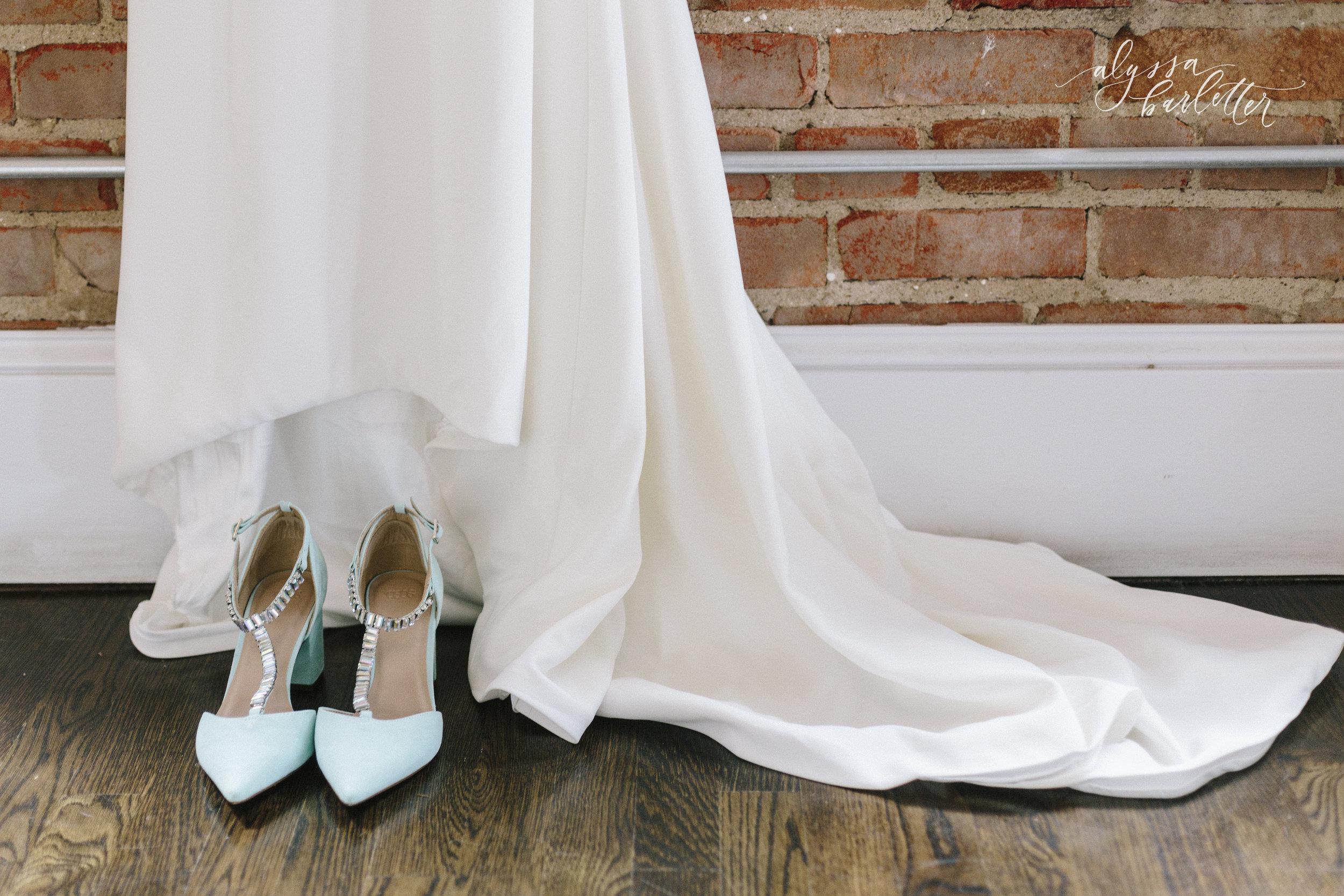 alyssa barletter photography kansas city wedding 2016 main courtney and brian-1-2.jpg