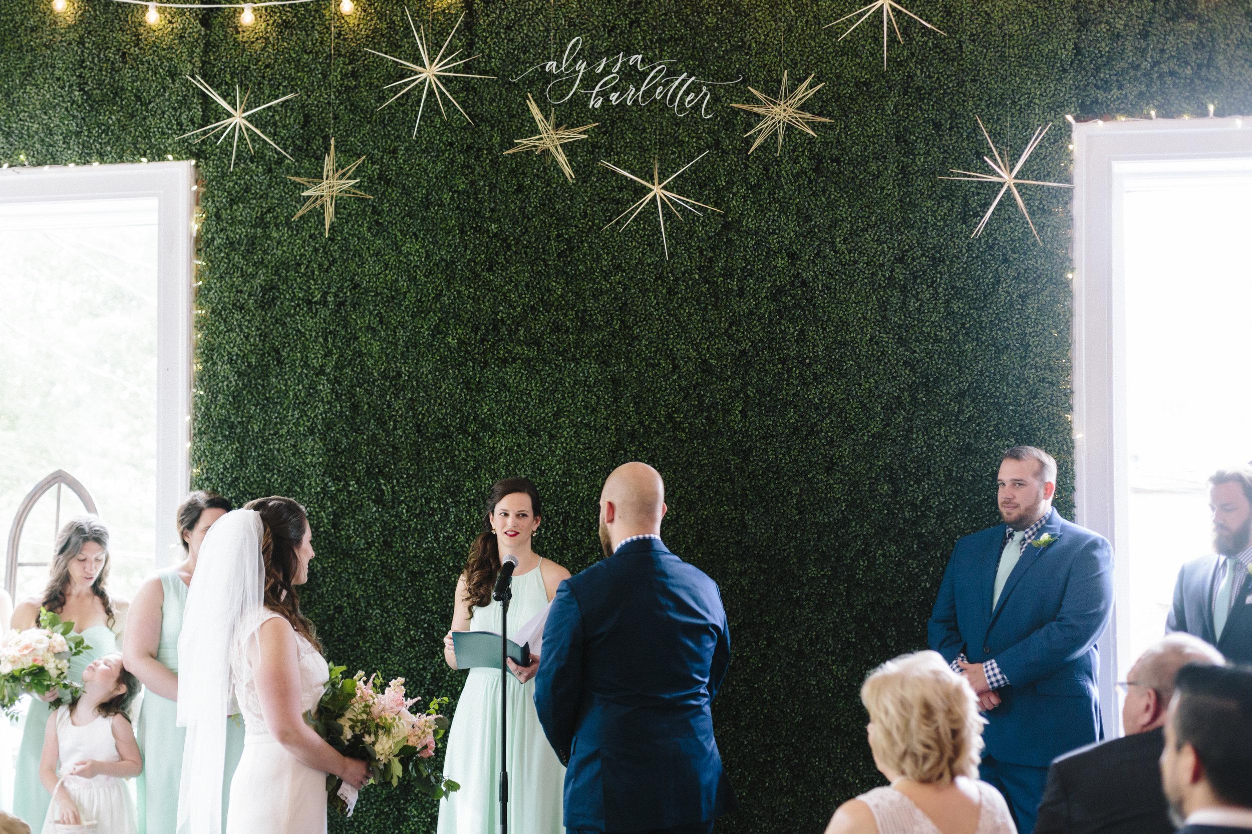 alyssa barletter photography kansas city wedding 2016 main courtney and brian-1-18.jpg