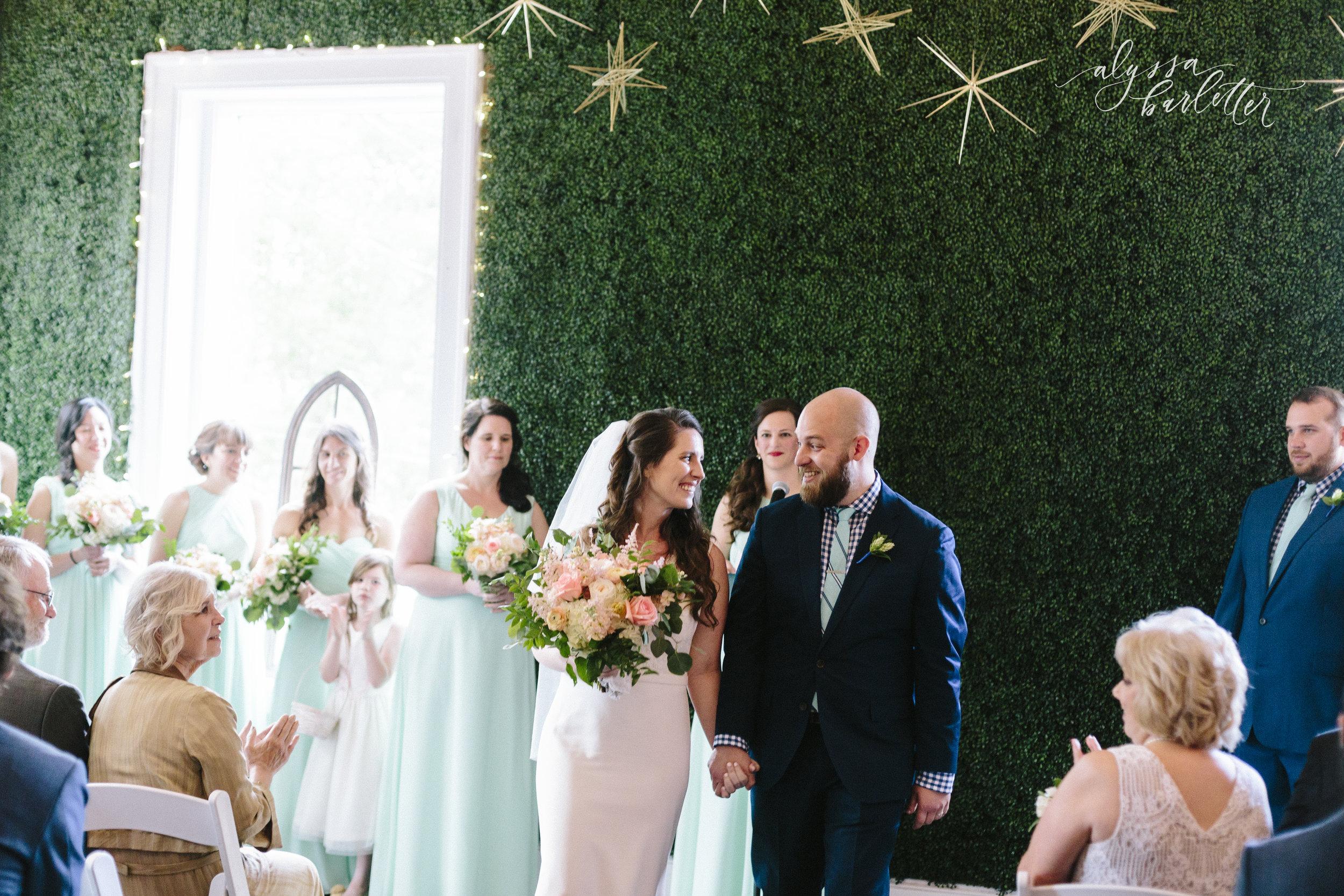 alyssa barletter photography kansas city wedding 2016 main courtney and brian-1-21.jpg