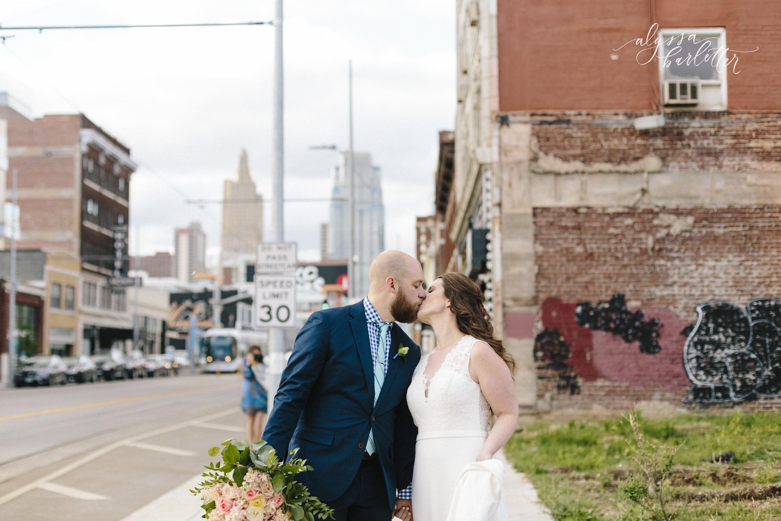 alyssa barletter photography kansas city wedding 2016 main courtney and brian-1-38.jpg