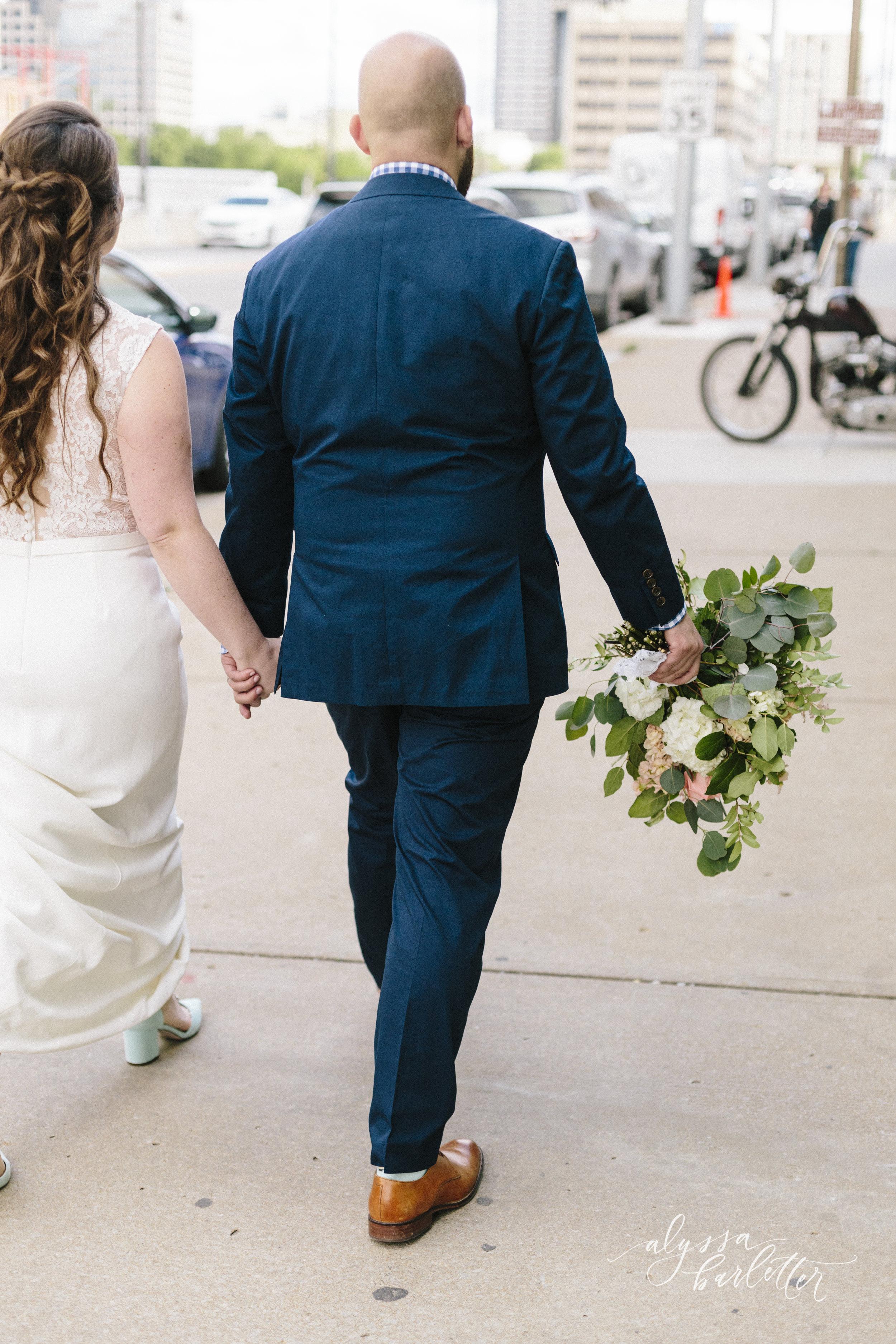 alyssa barletter photography kansas city wedding 2016 main courtney and brian-1-39.jpg