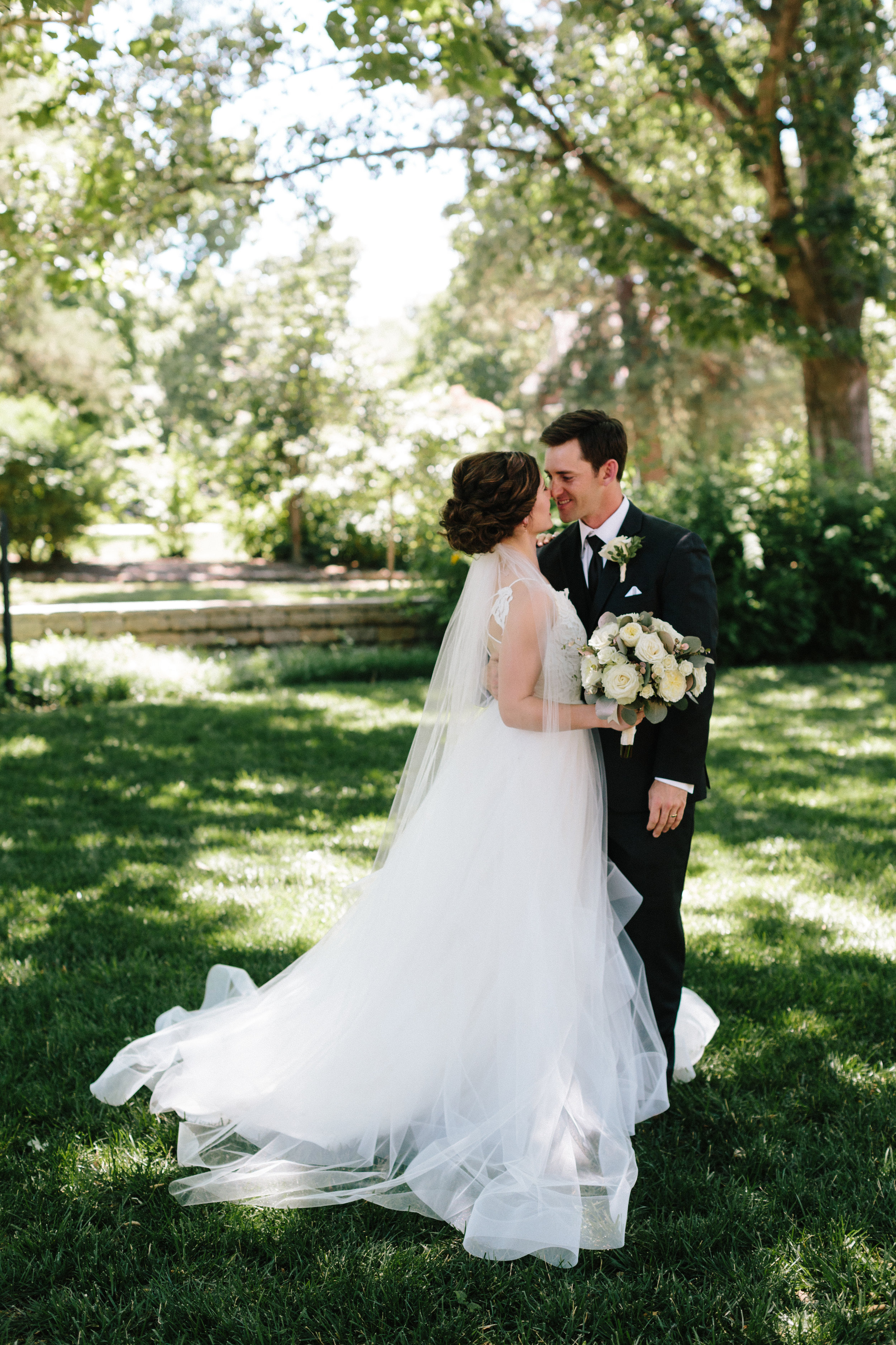 alyssa barletter photography manhattan kansas wedding photos church country club gardens taylor and kirk-29.jpg
