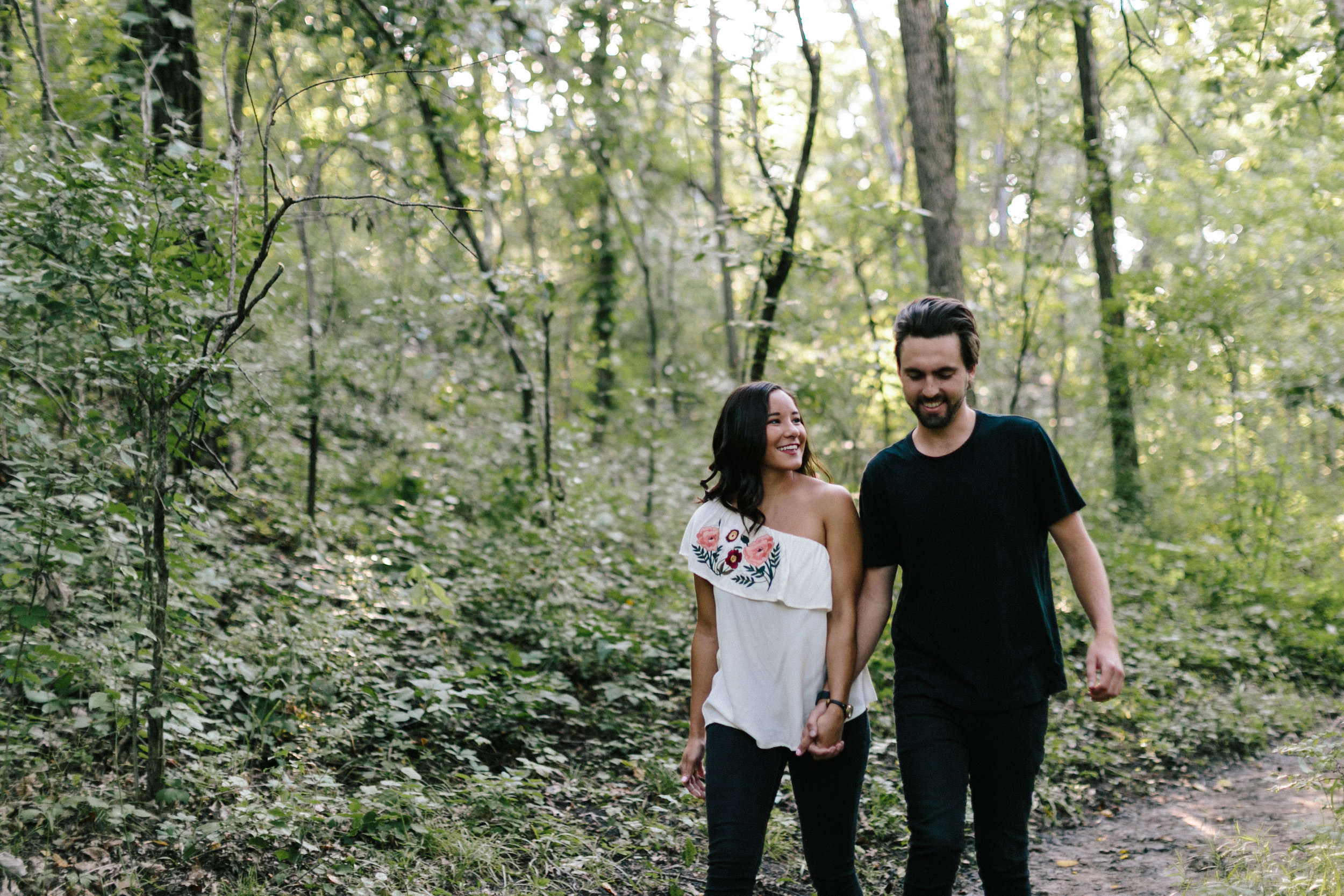 alyssa barletter photography shawnee mission park engagement marisa and kurtis-4.jpg