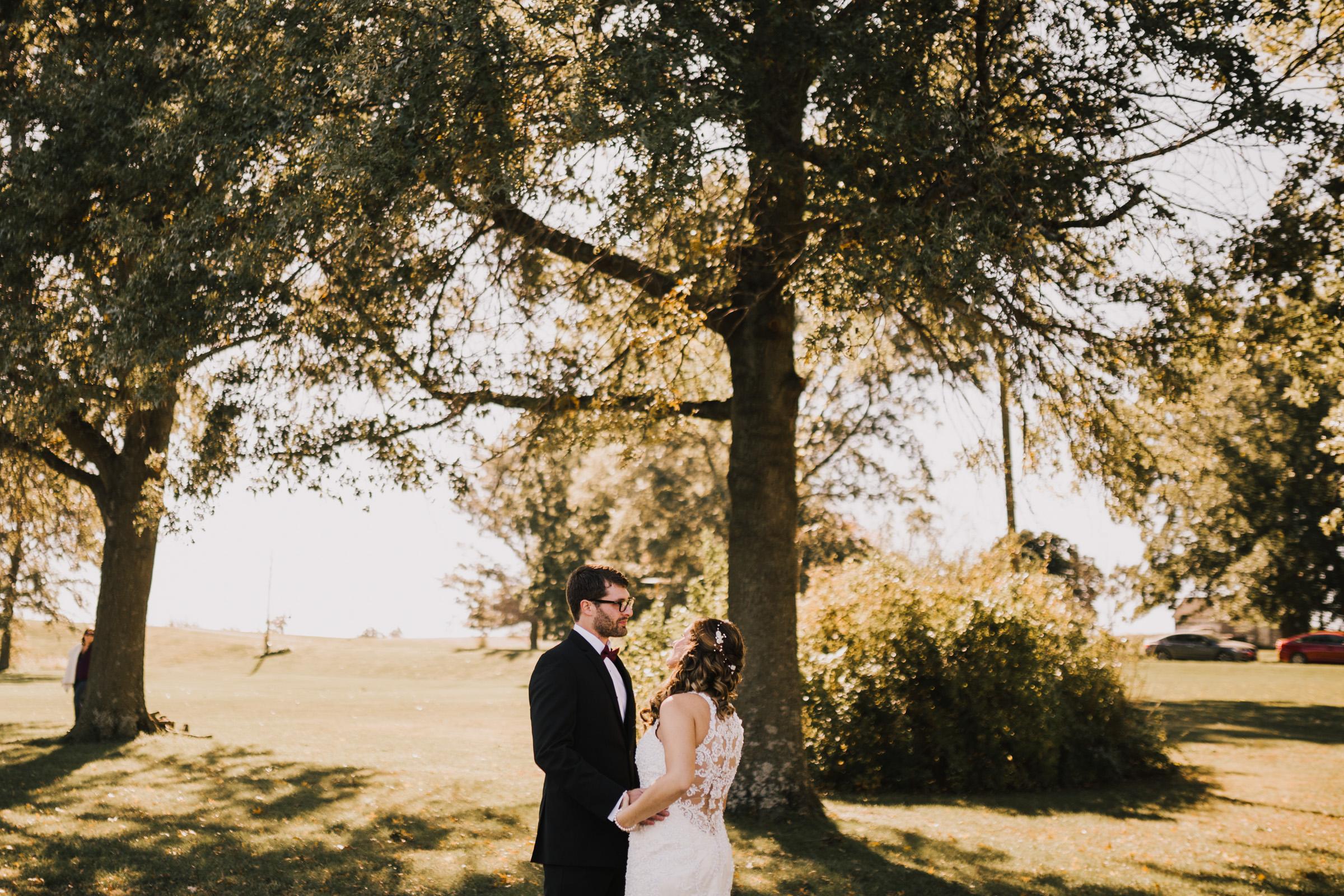 alyssa barletter photography intimate fall autumn wedding rural missouri wedding photographer-10.jpg