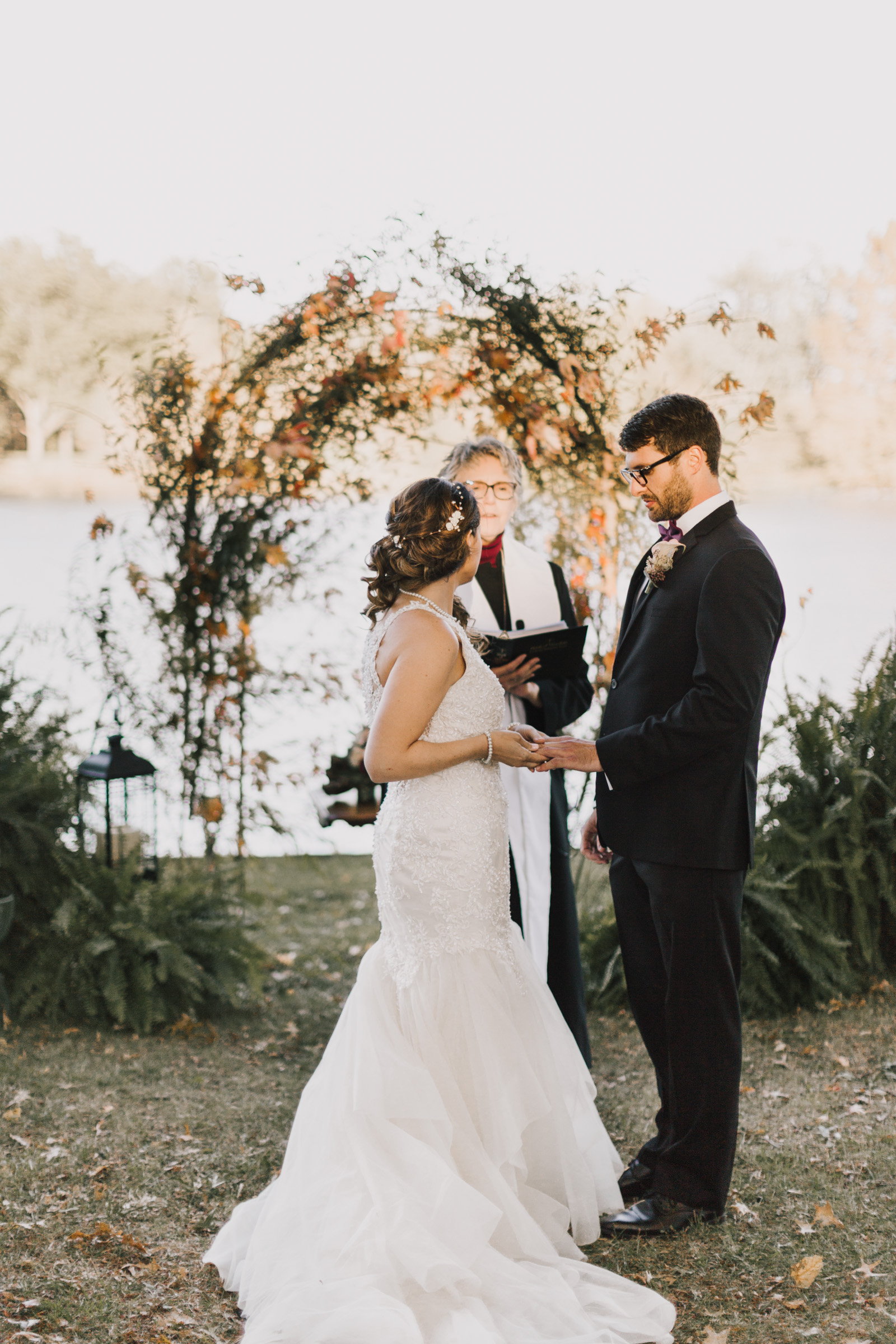 alyssa barletter photography intimate fall autumn wedding rural missouri wedding photographer-32.jpg