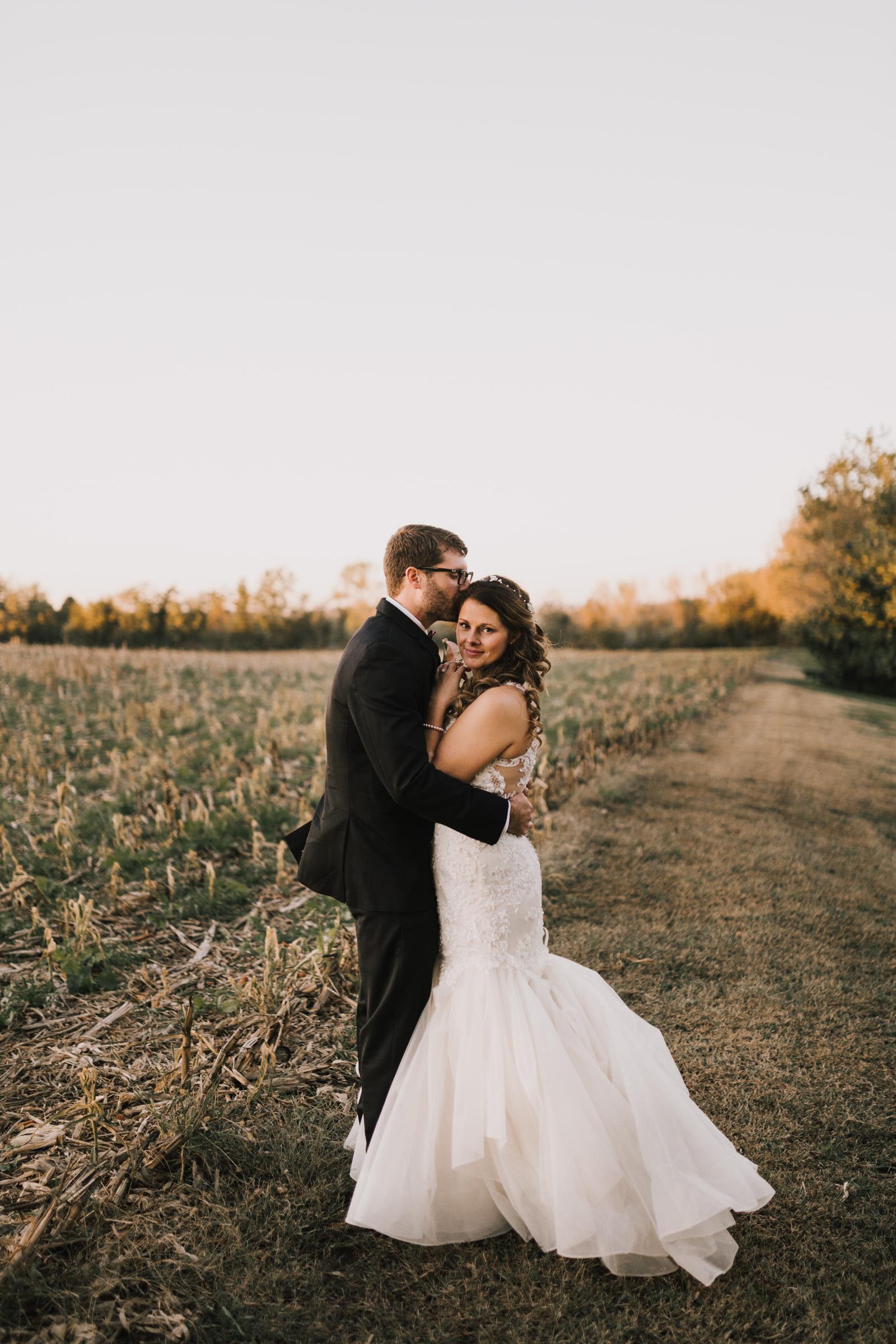 alyssa barletter photography intimate fall autumn wedding rural missouri wedding photographer-39.jpg