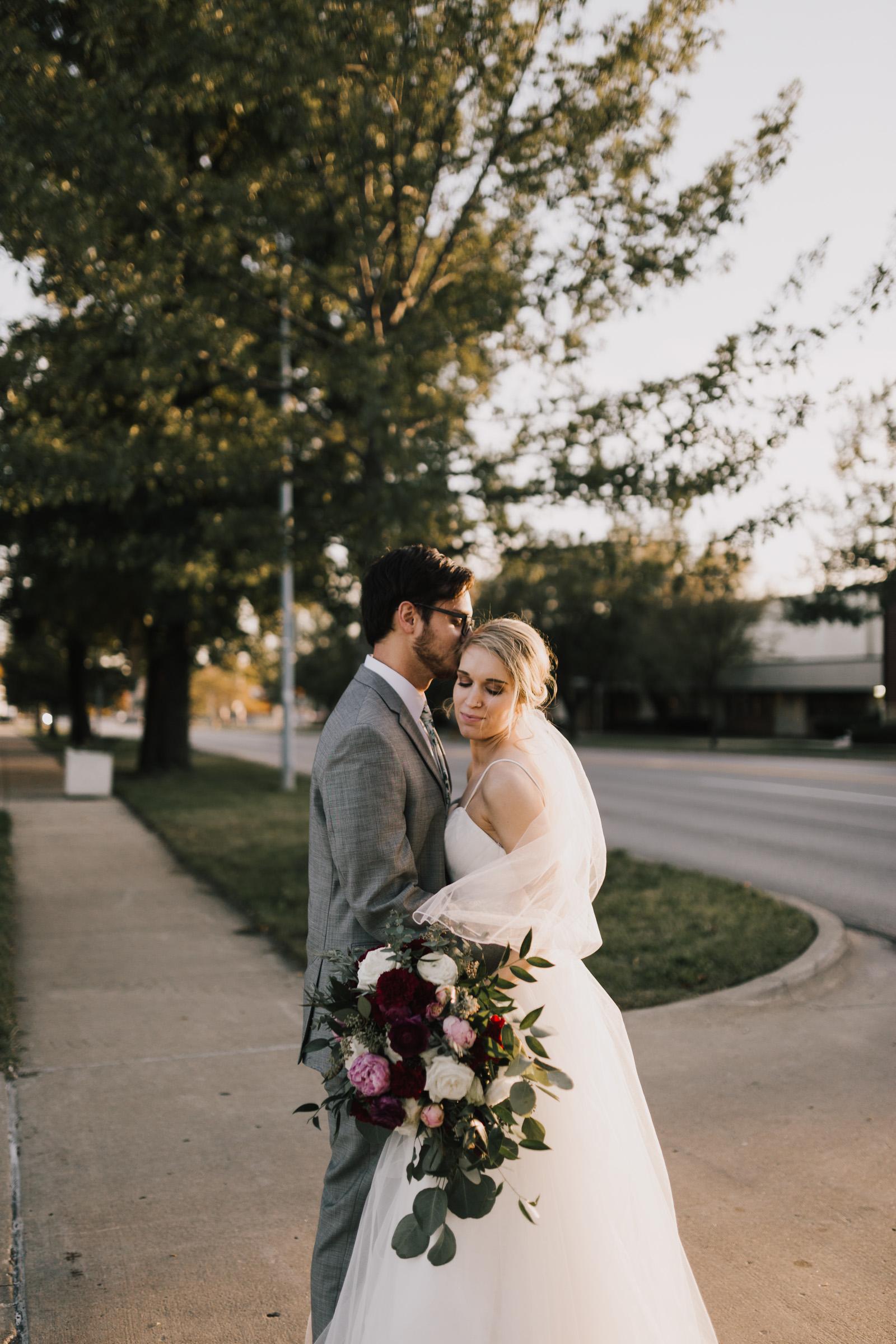 alyssa barletter photography midtown kansas city wedding el torreon kcmo fall october wedding photography-44.jpg