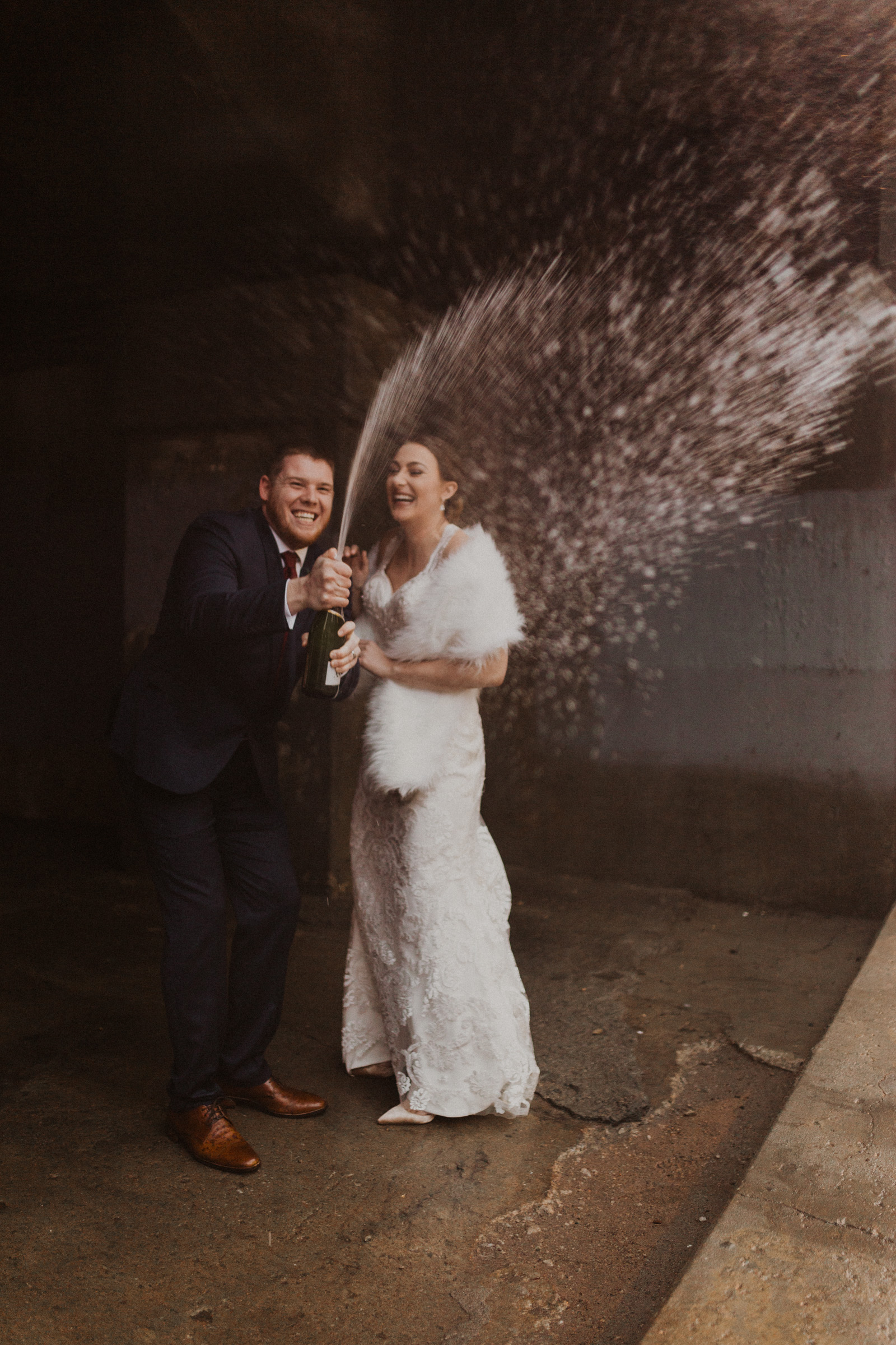 alyssa barletter photography 2016 main kansas city wedding rainy day photographer grace and justin magott-50.jpg