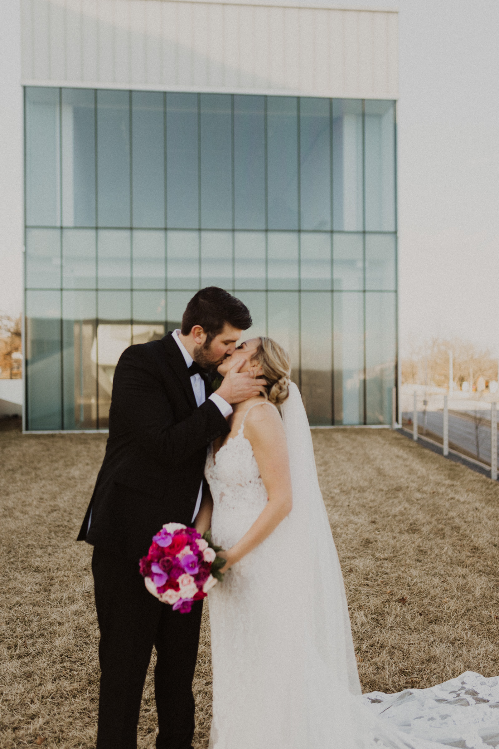 alyssa barletter photography nelson atkins museum intimate romantic spring wedding pilgrim chapel kcmo-40.jpg