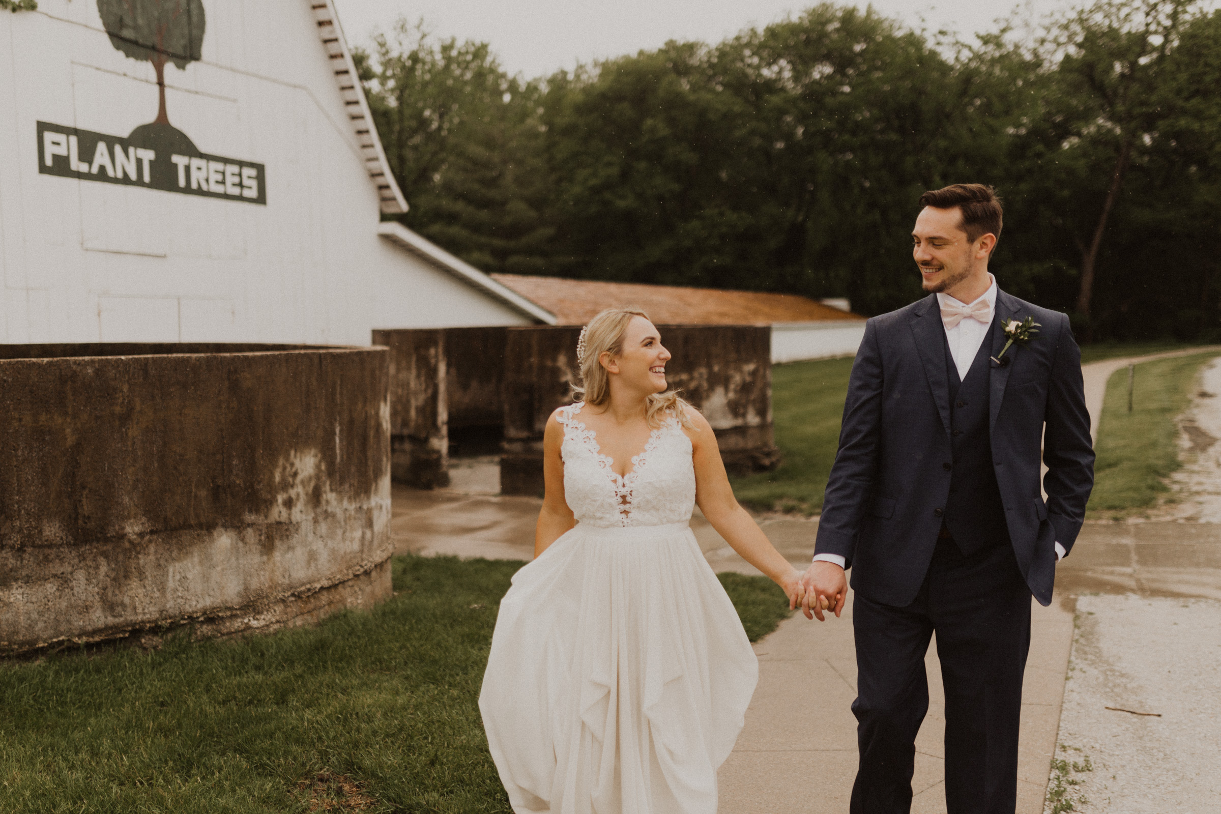 alyssa barletter photography nelson wedding nebraska city lied lodge morton barn spring wedding photographer-43.jpg