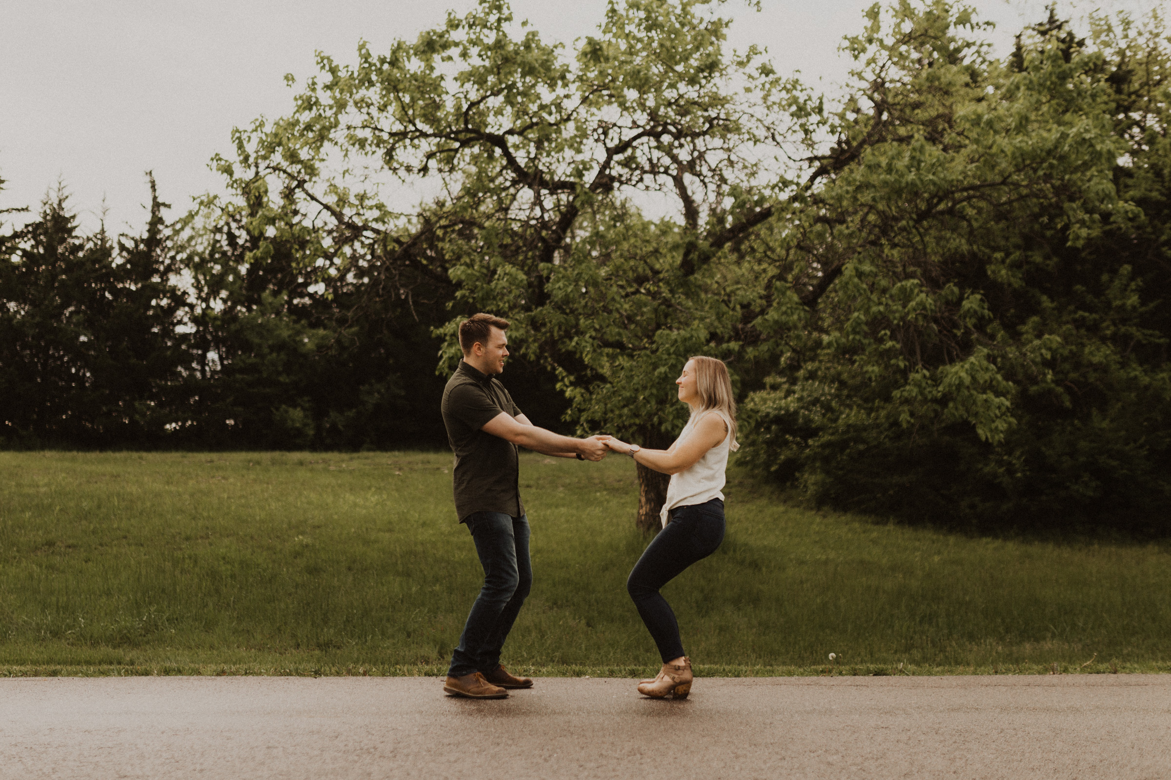 alyssa barletter photography shawnee mission park engagement session photographer sunset-6.jpg