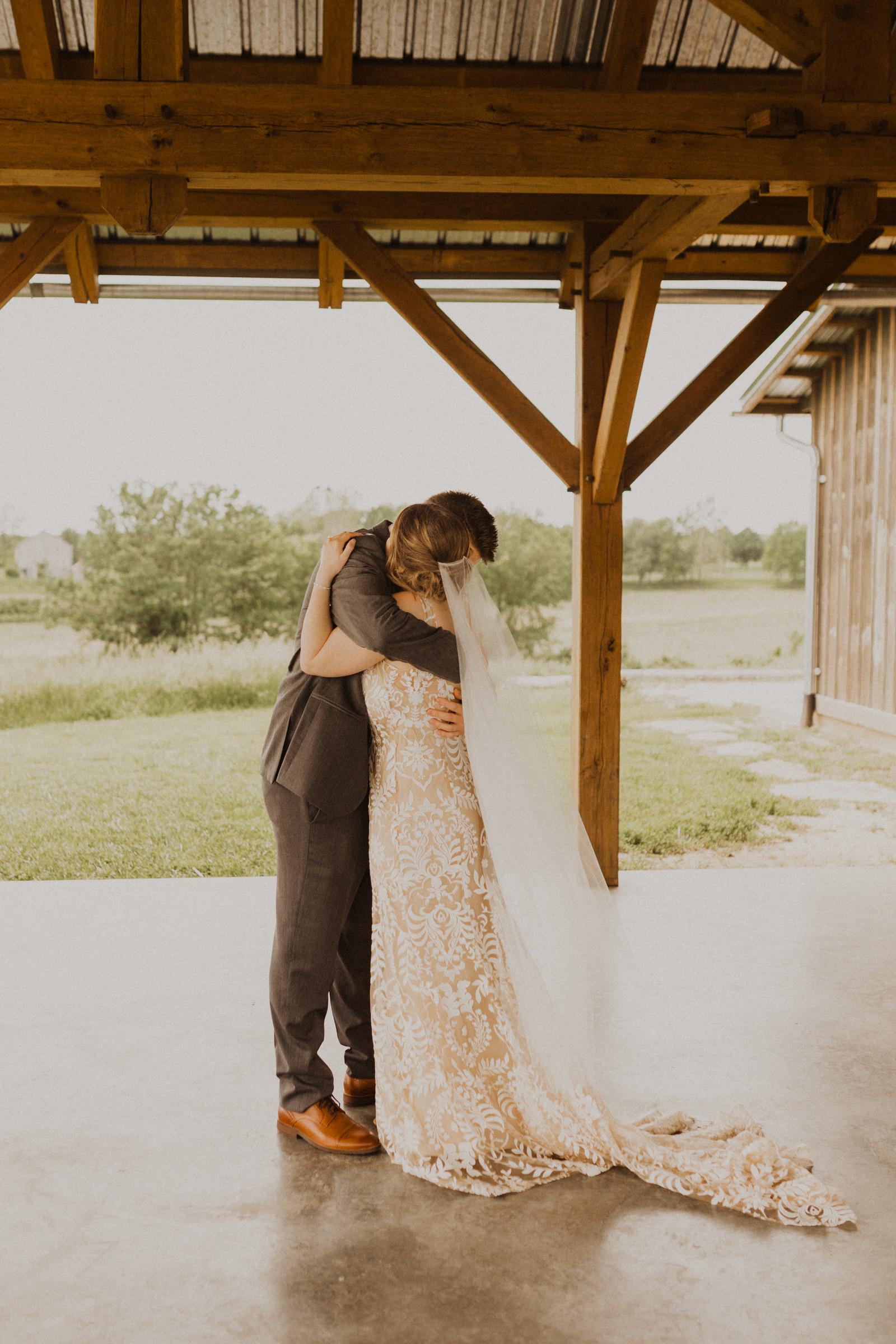 alyssa barletter photography weston red barn farm timberbarn summer outdoor wedding-11.jpg