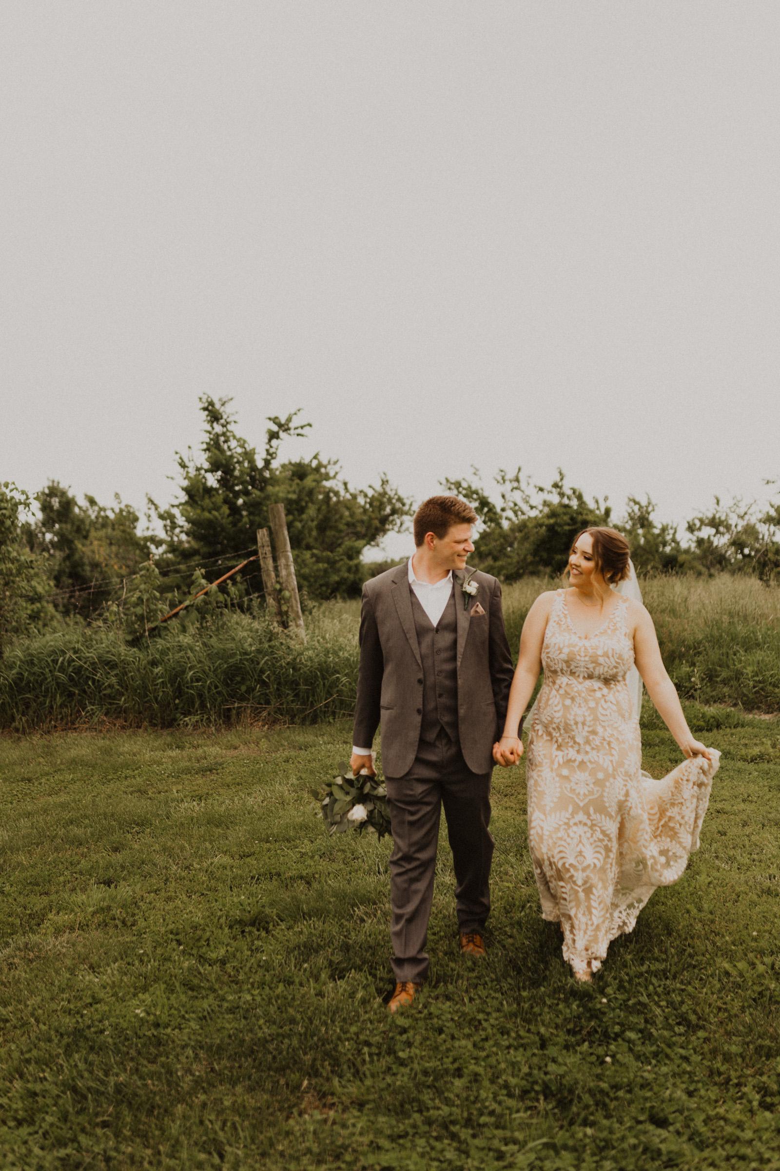 alyssa barletter photography weston red barn farm timberbarn summer outdoor wedding-20.jpg
