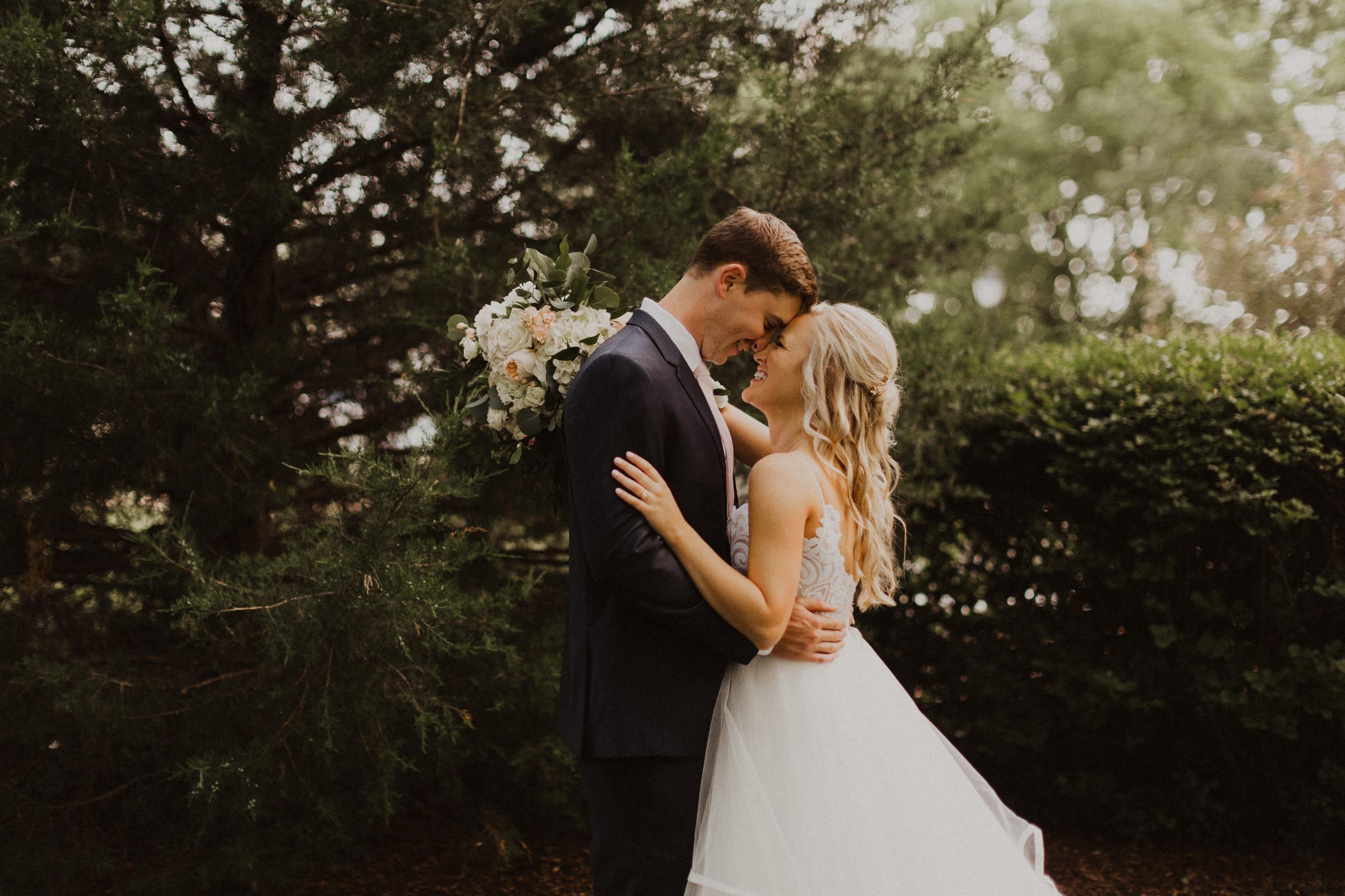 alyssa barletter photography hawthorne house summer outdoor wedding southern charm inspiration-34.jpg