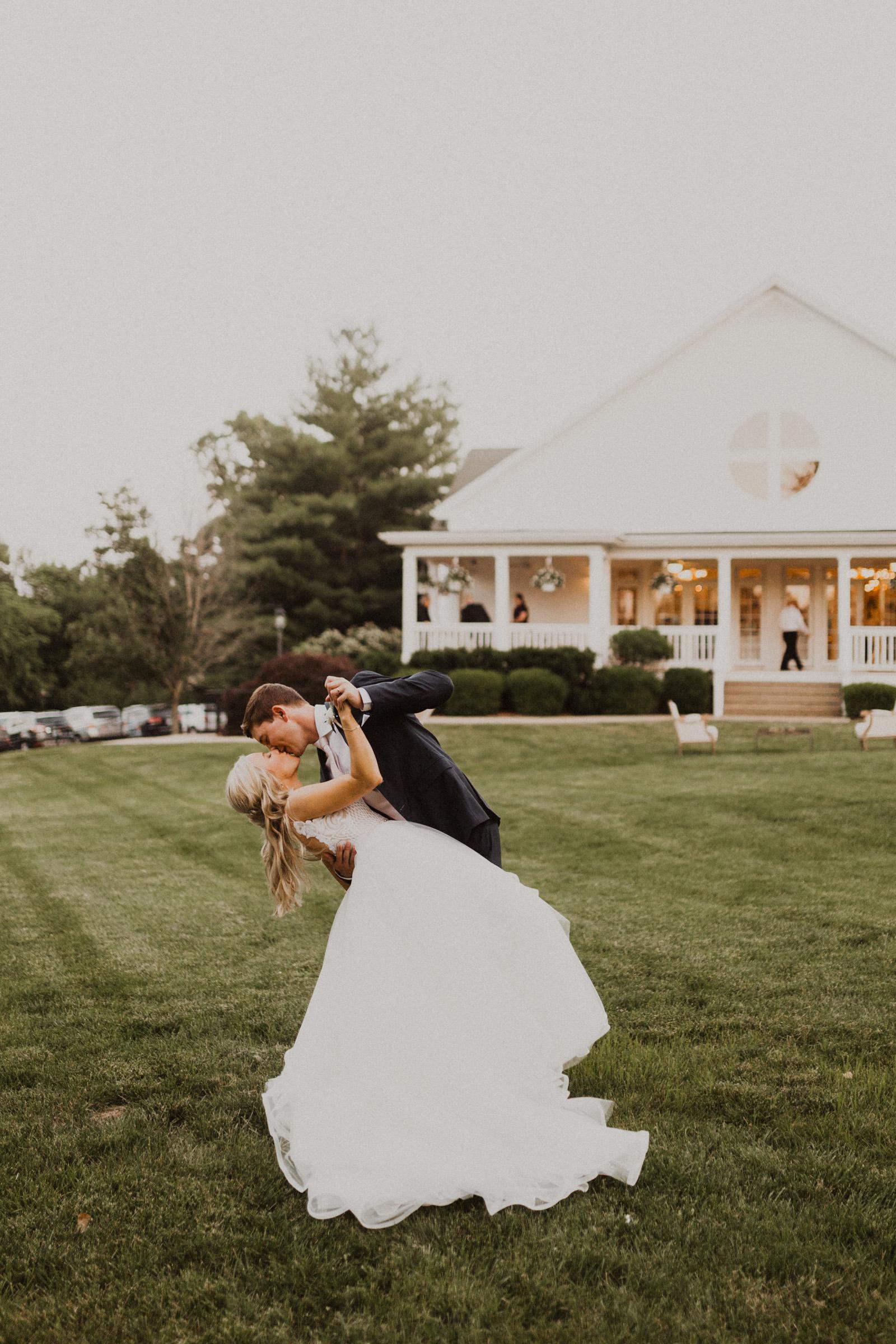alyssa barletter photography hawthorne house summer outdoor wedding southern charm inspiration-58.jpg