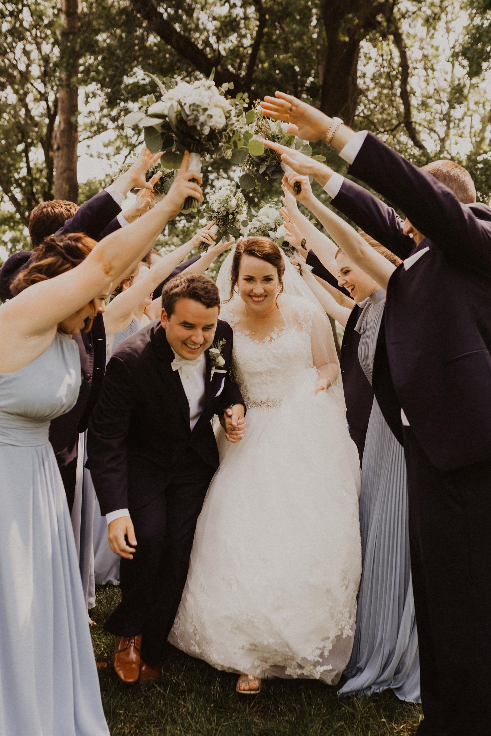 alyssa barletter photography classic kansas city wedding loose park plaza country club summer wedding-32.jpg