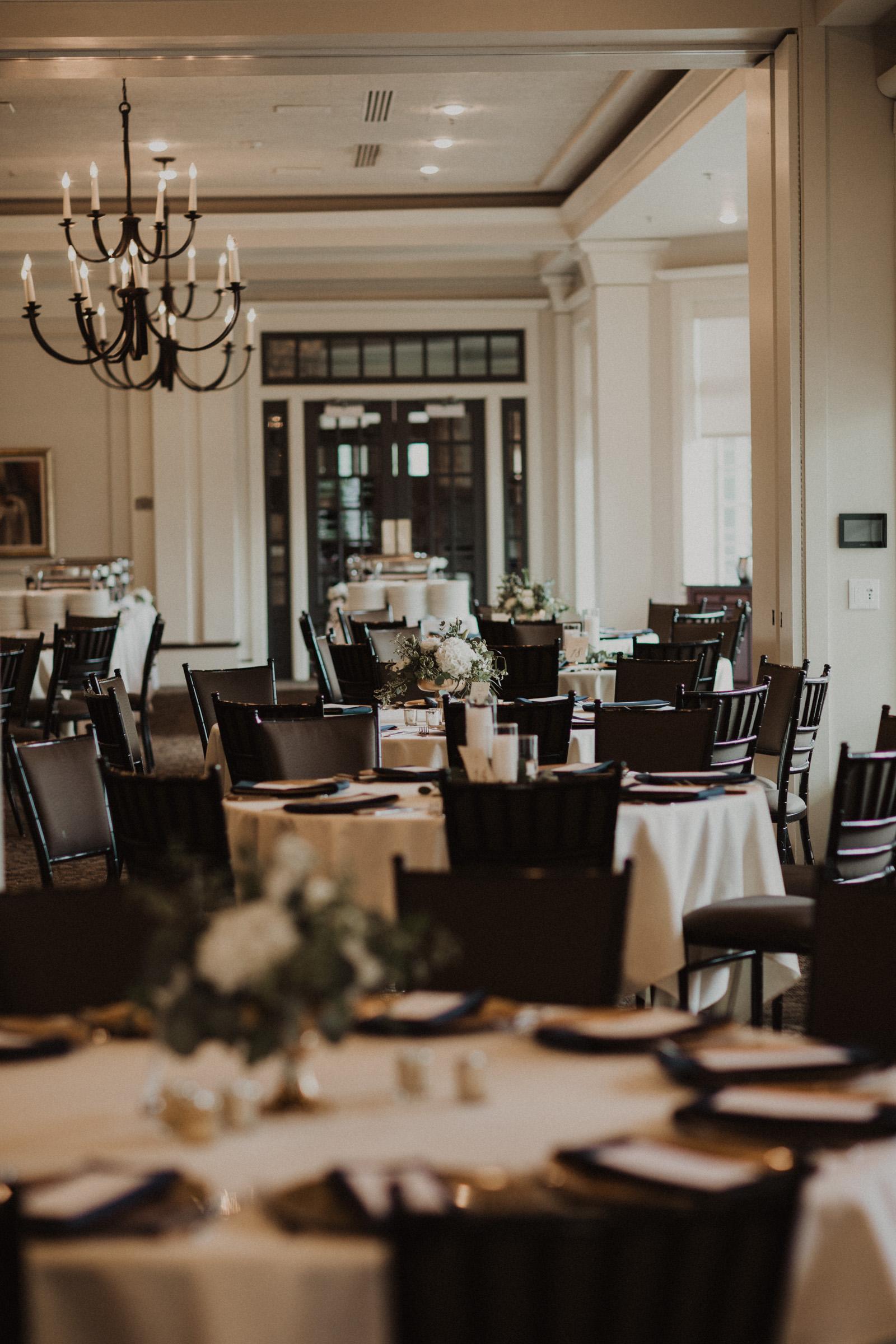 alyssa barletter photography classic kansas city wedding loose park plaza country club summer wedding-46.jpg
