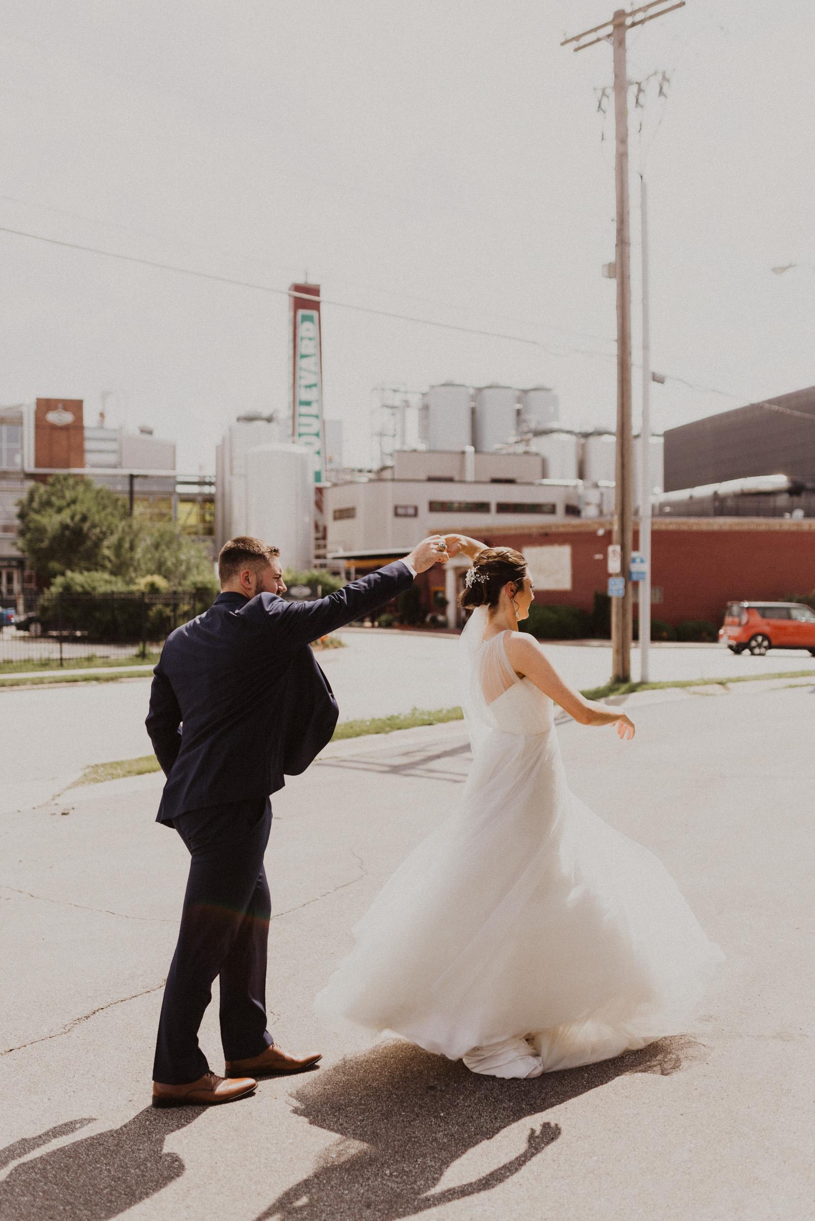 alyssa barletter photography classic downtown kansas city wedding boulevard brewery-25.jpg