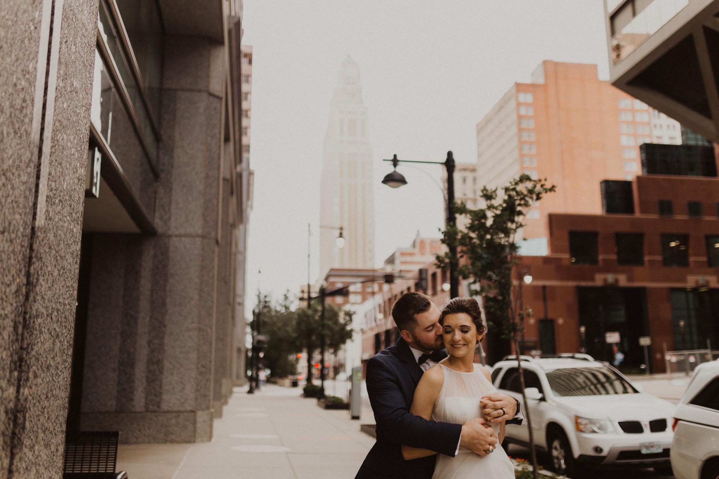 alyssa barletter photography classic downtown kansas city wedding boulevard brewery-53.jpg