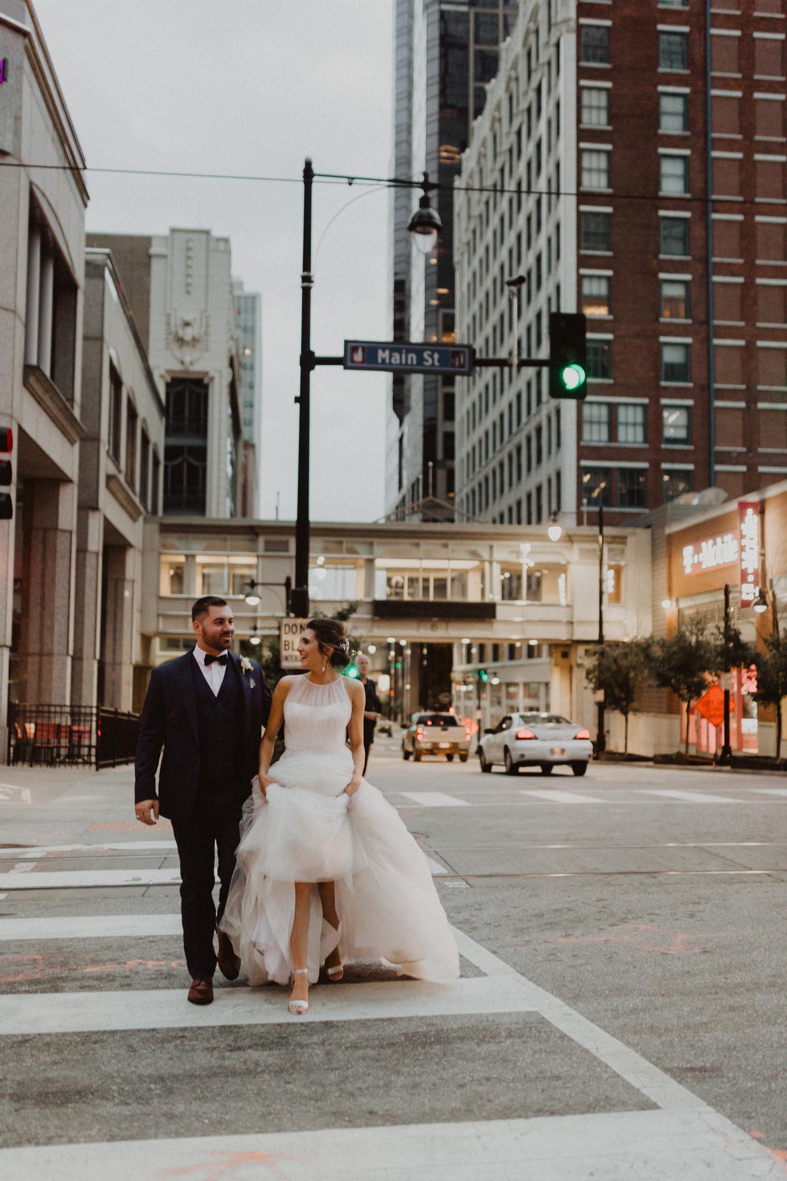 alyssa barletter photography classic downtown kansas city wedding boulevard brewery-62.jpg