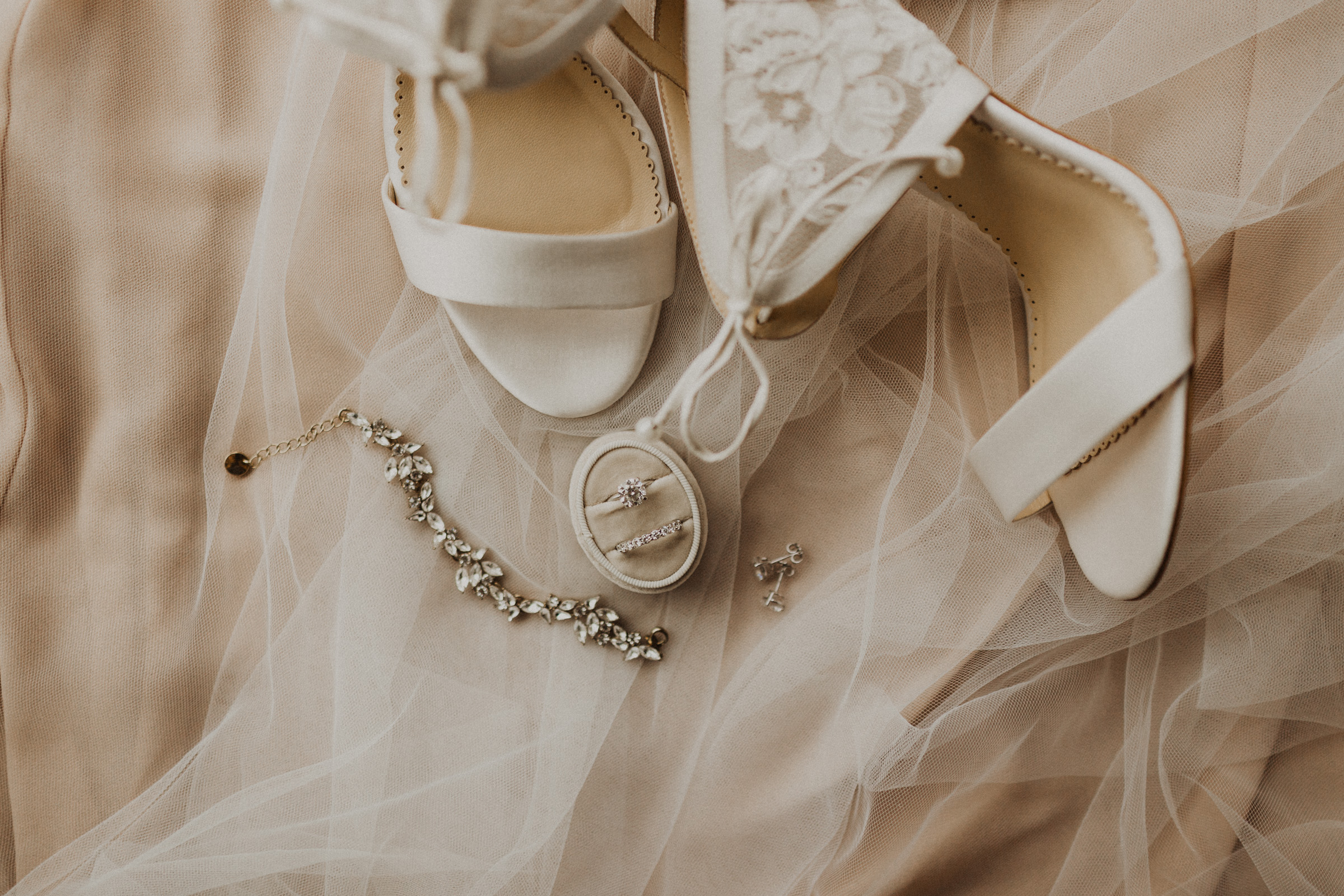 alyssa barletter photography downtown kansas city cherry hall summer wedding photographer-1.jpg