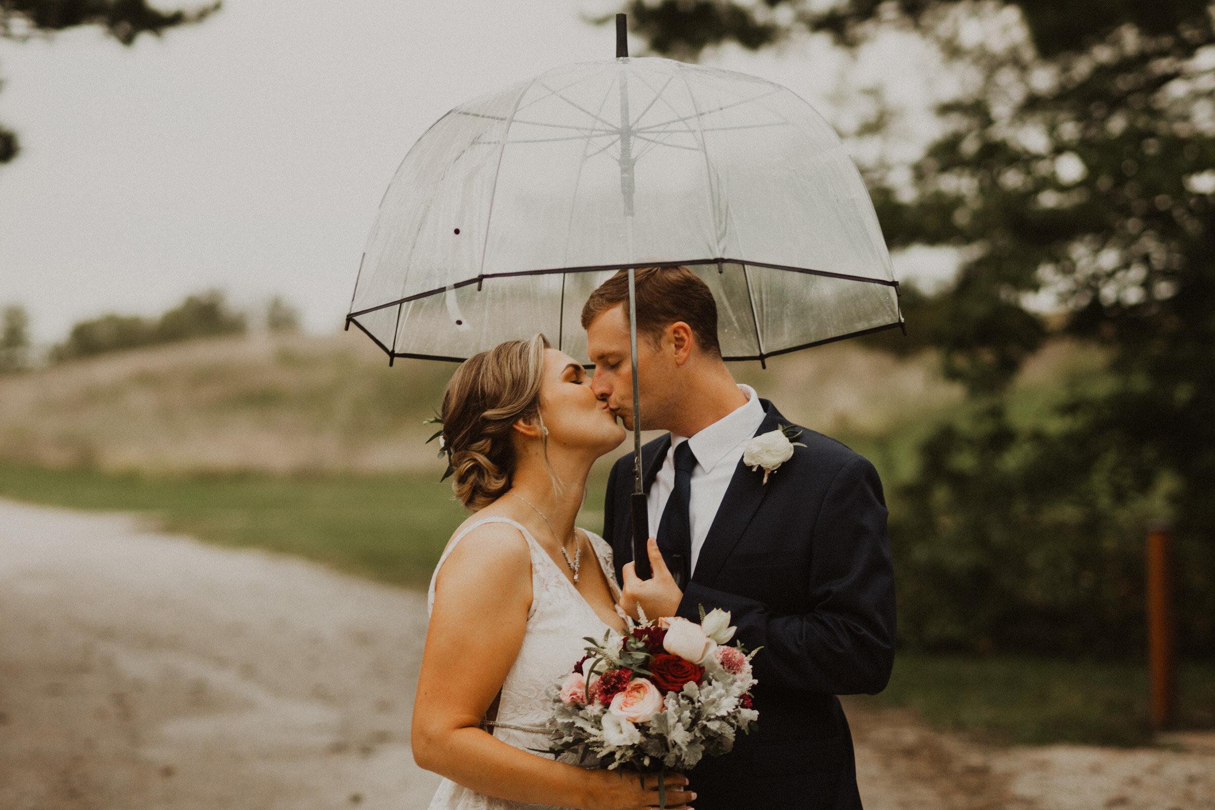alyssa barletter photography summer wedding photographer powell gardens-30.jpg