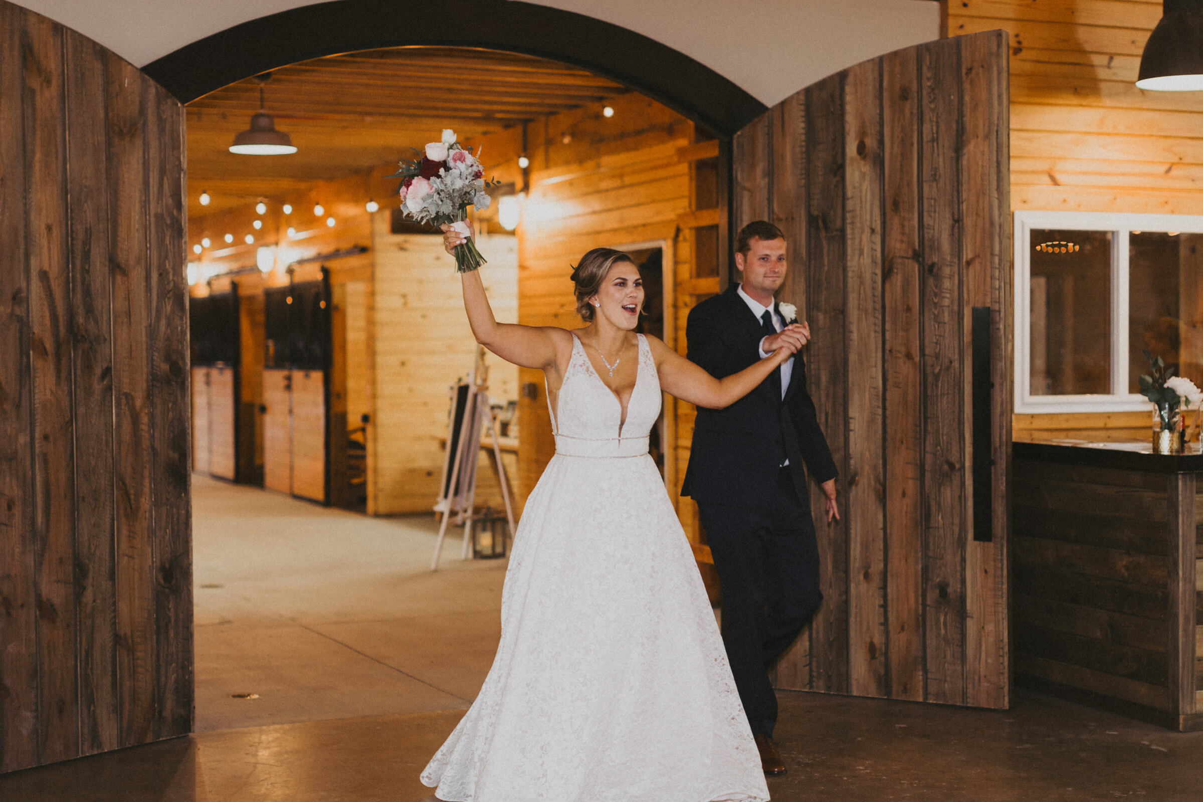 alyssa barletter photography summer wedding photographer powell gardens-33.jpg