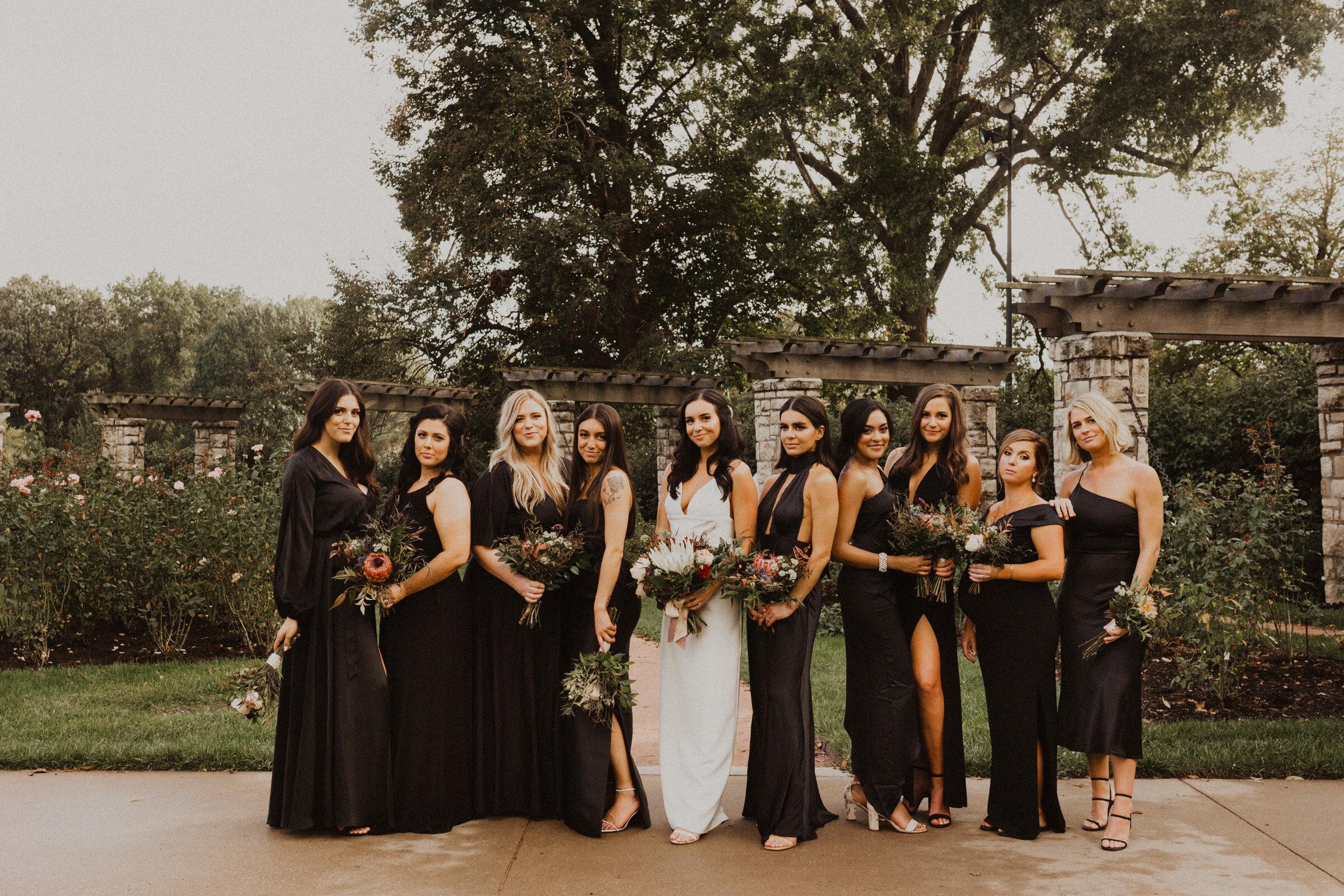 alyssa barletter photography la villa kansas city patio wedding sarah seven wedding dress-20.jpg