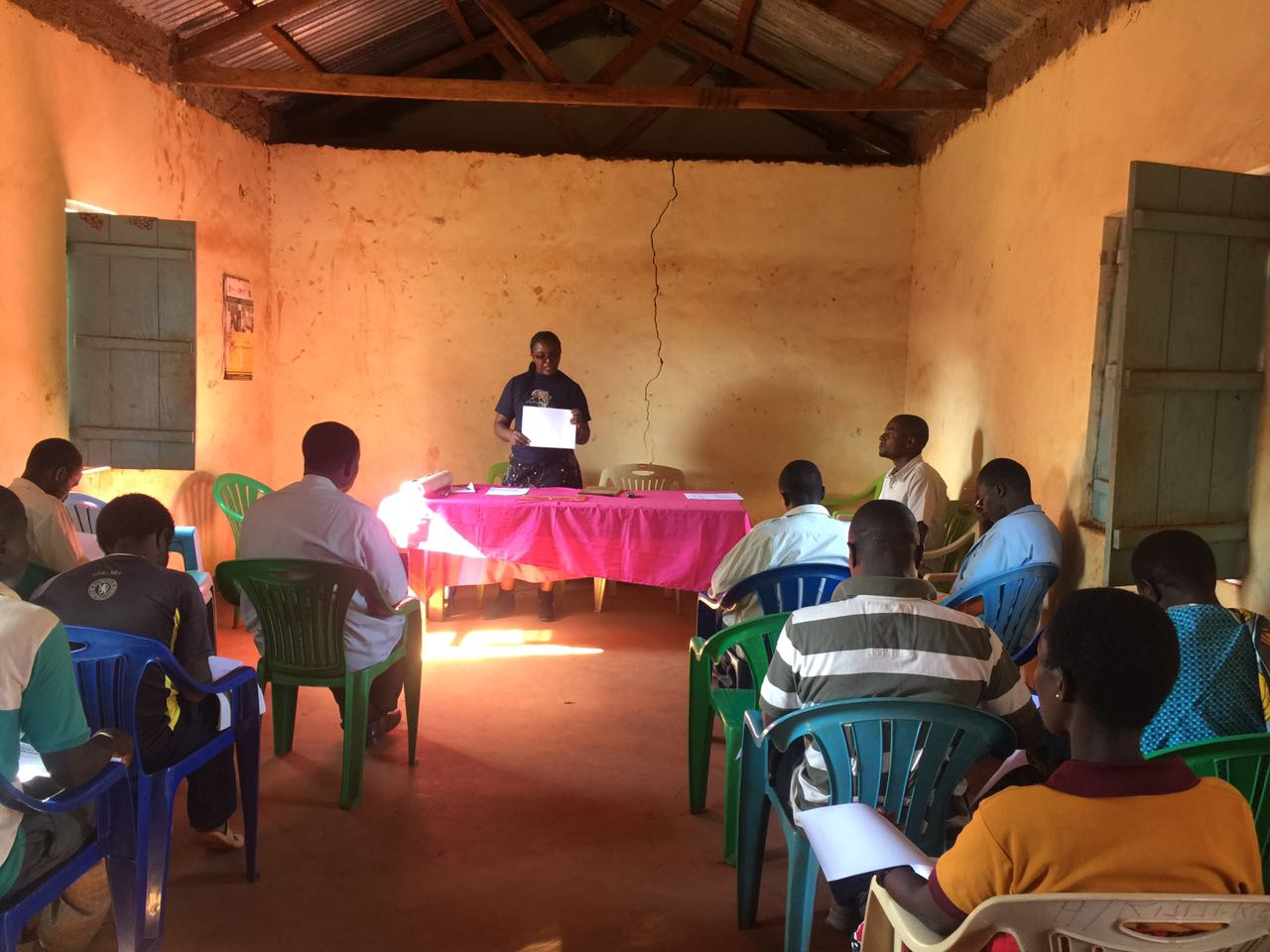 Dr. Grace Mwangoka, PREDICT Tanzania's human surveillance coordinator leads a community meeting in the Lake Zone.