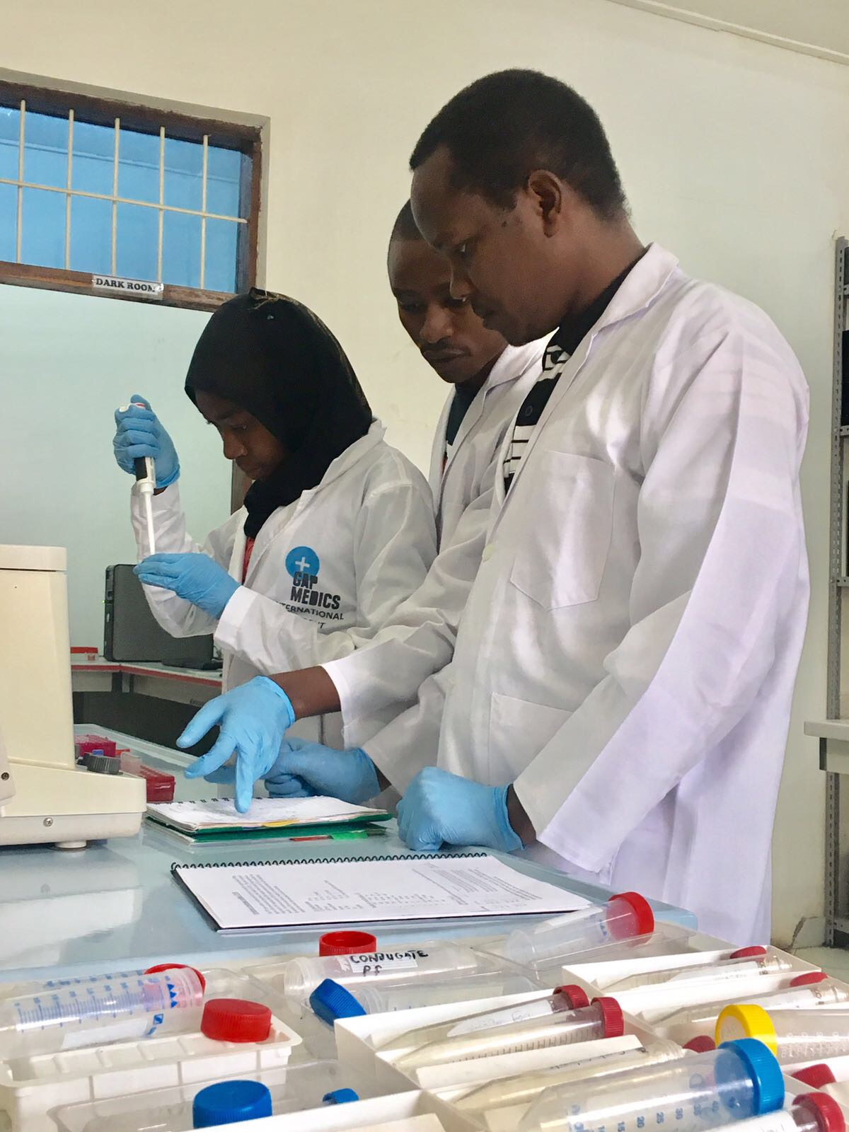 The team working on blood meal PCR.