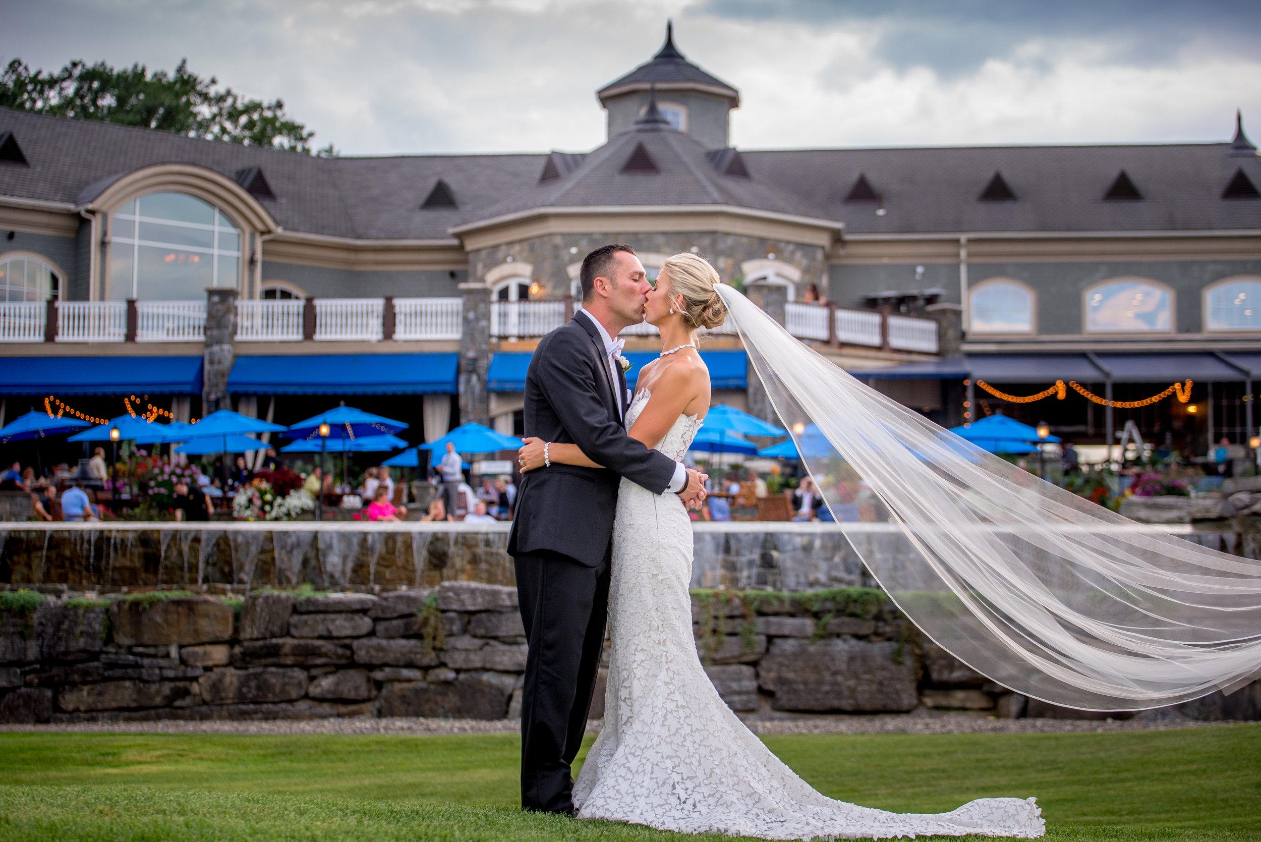 Saratoga Springs NY Wedding Photographer