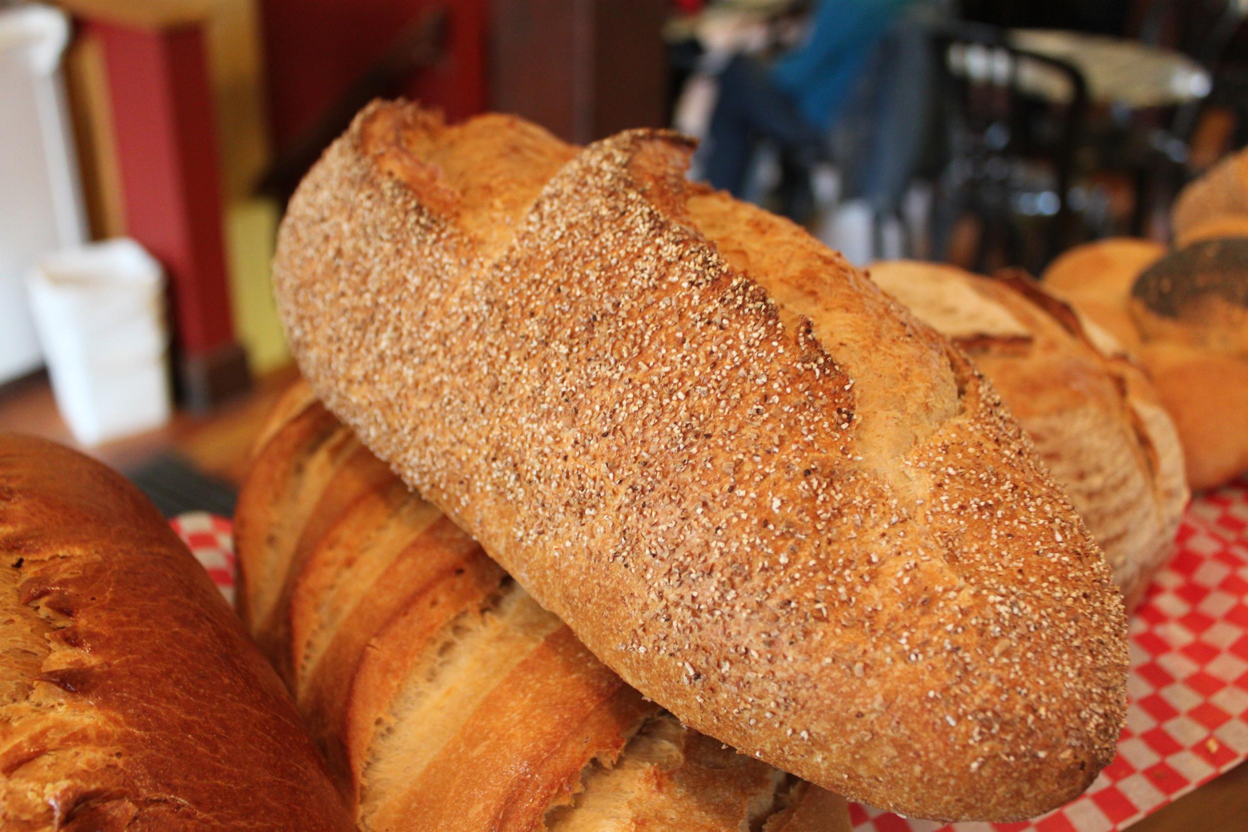 Levain, Large: Unbleached white flour, whole-wheat flour, water, natural sourdough, sea salt.