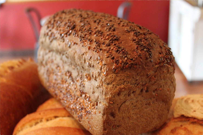 Vitality:  Unbleached wheat flour, rye, soda, bran and malt flours, water, sunflower and flax seeds, fresh yeast, sea salt.