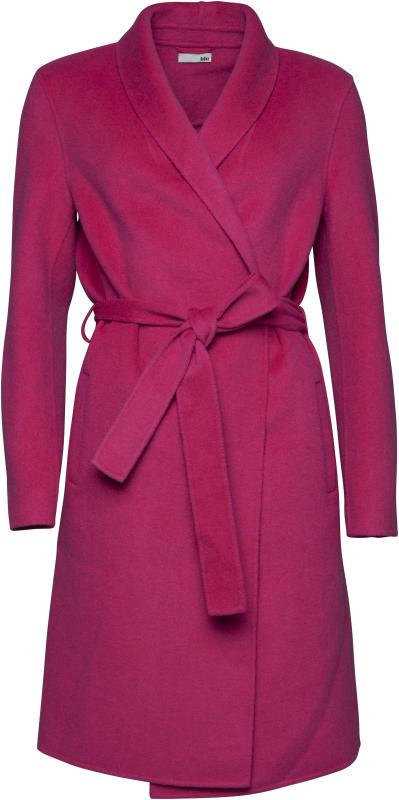 louisecoat1999.jpg