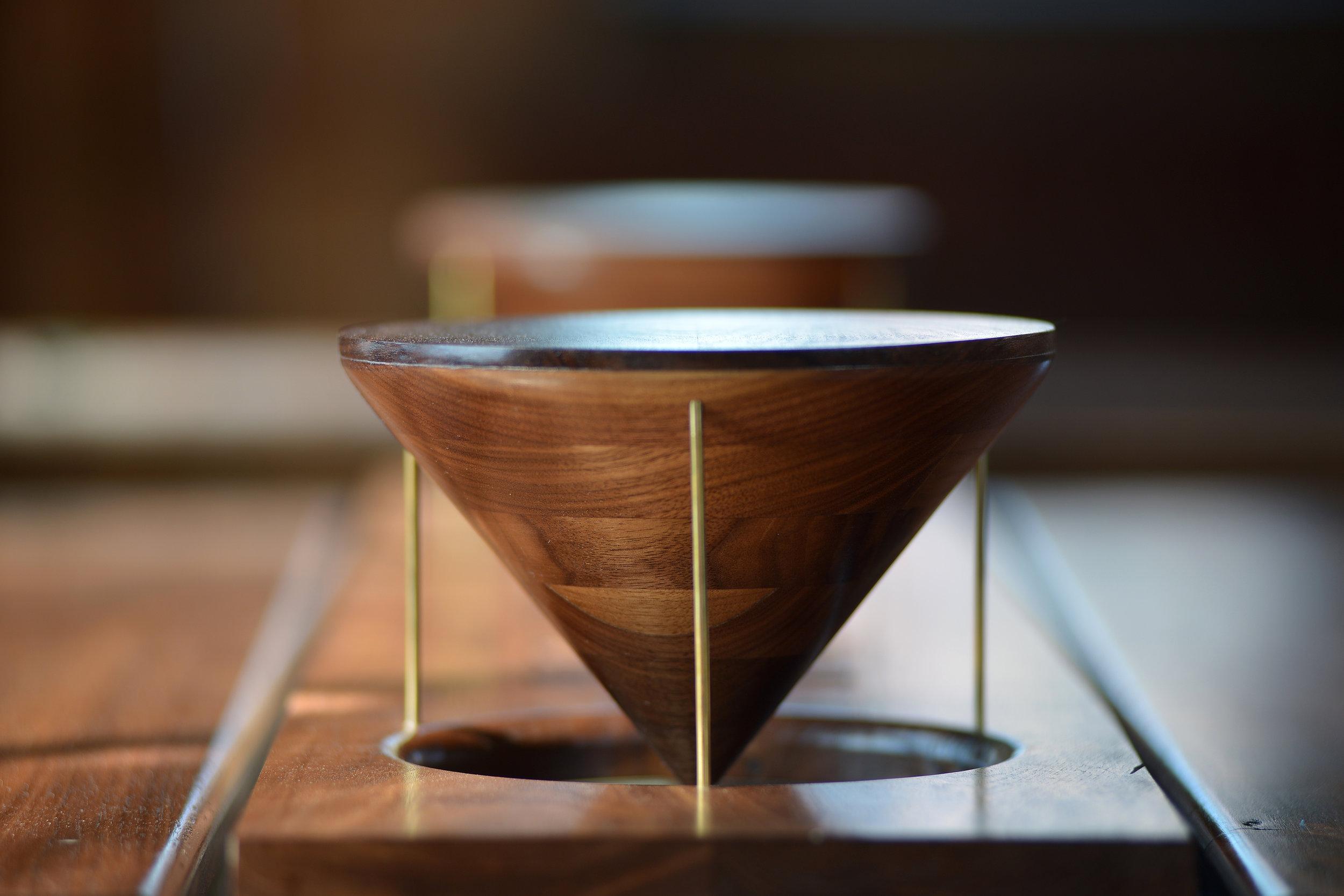 mako-custom-coffee-table-4